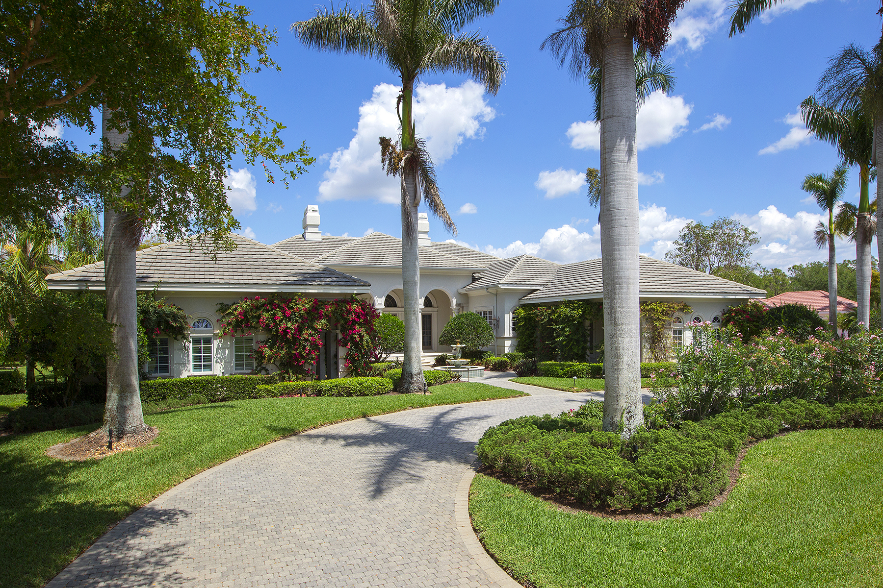Single Family Homes for Sale at 9650 Lakebend Preserve Court, Estero, Florida 34135 United States