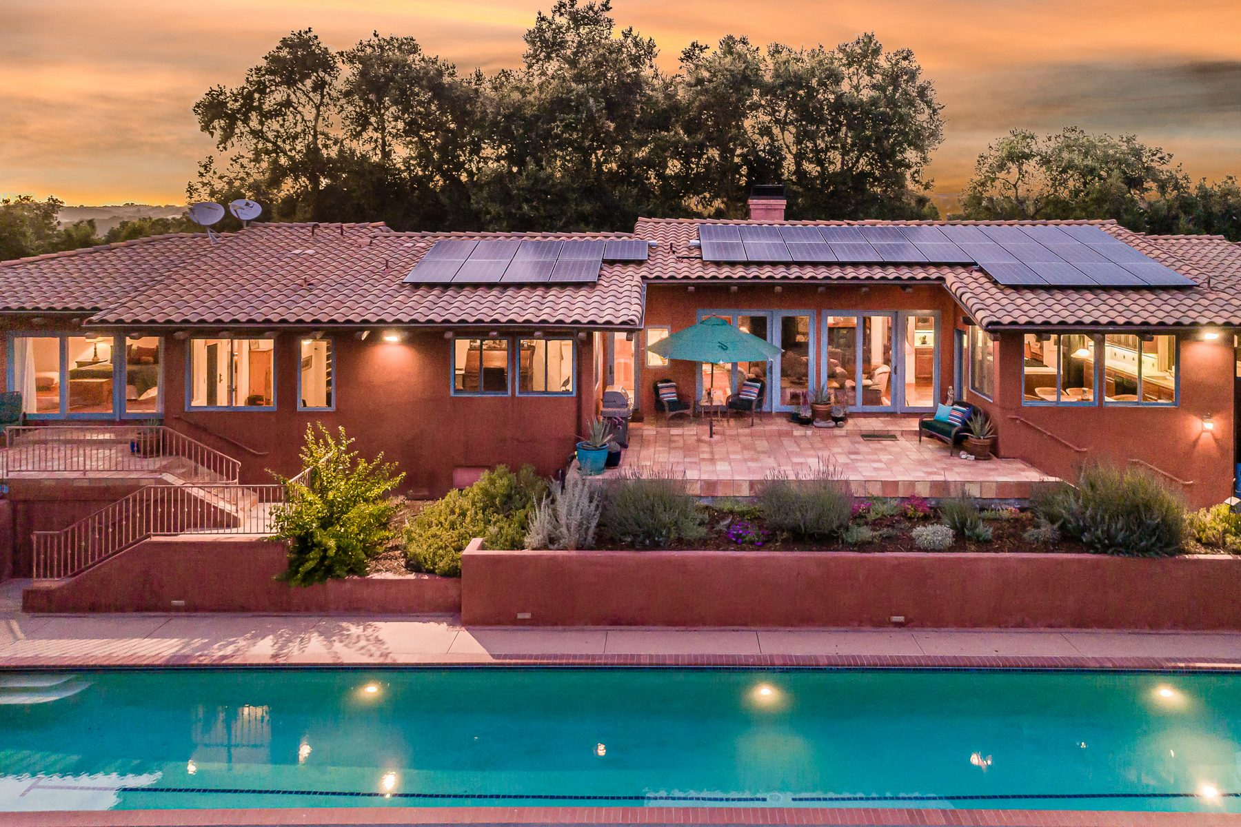 Single Family Homes for Sale at Spanish-style Villa & Vineyard on 30+/- Acres 3432 Las Tablas Wiliow Creek Paso Robles, California 93446 United States