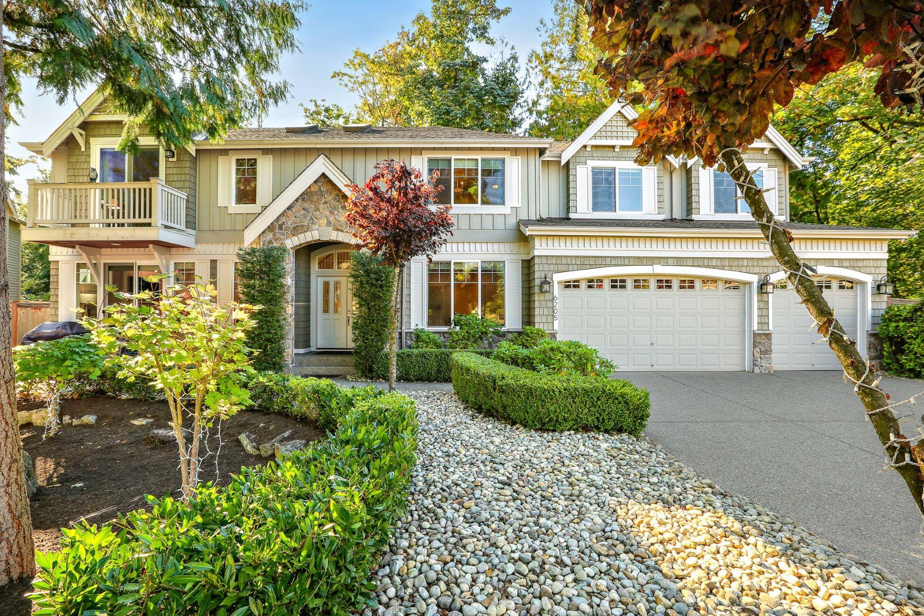 Single Family Homes vì Bán tại Serene Redmond Living 6205 156th Ave NE, Redmond, Washington 98052 Hoa Kỳ
