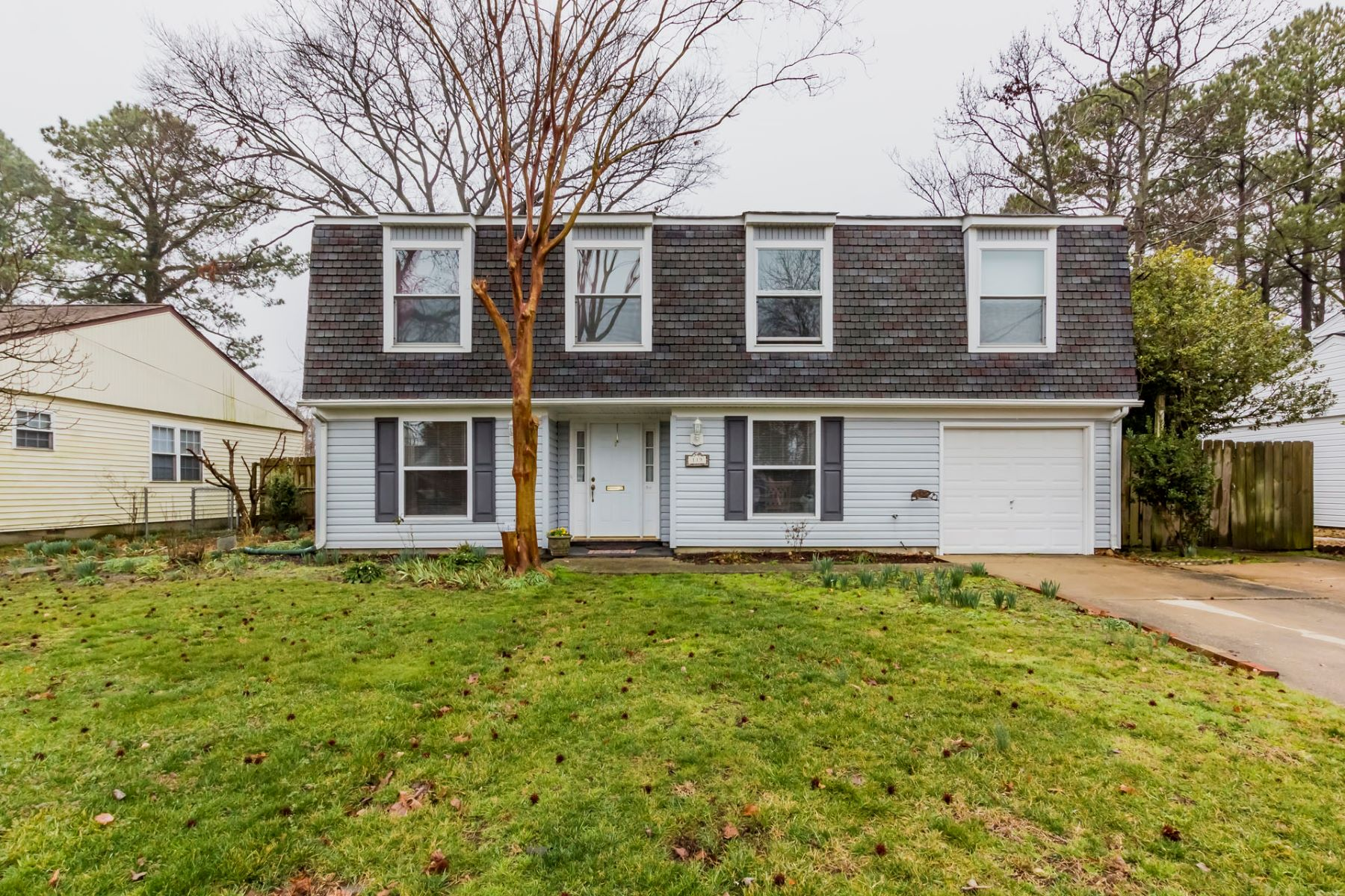 Single Family Home for Sale at TIDEMILL FARMS 119 Diggs Drive Hampton, Virginia 23666 United States