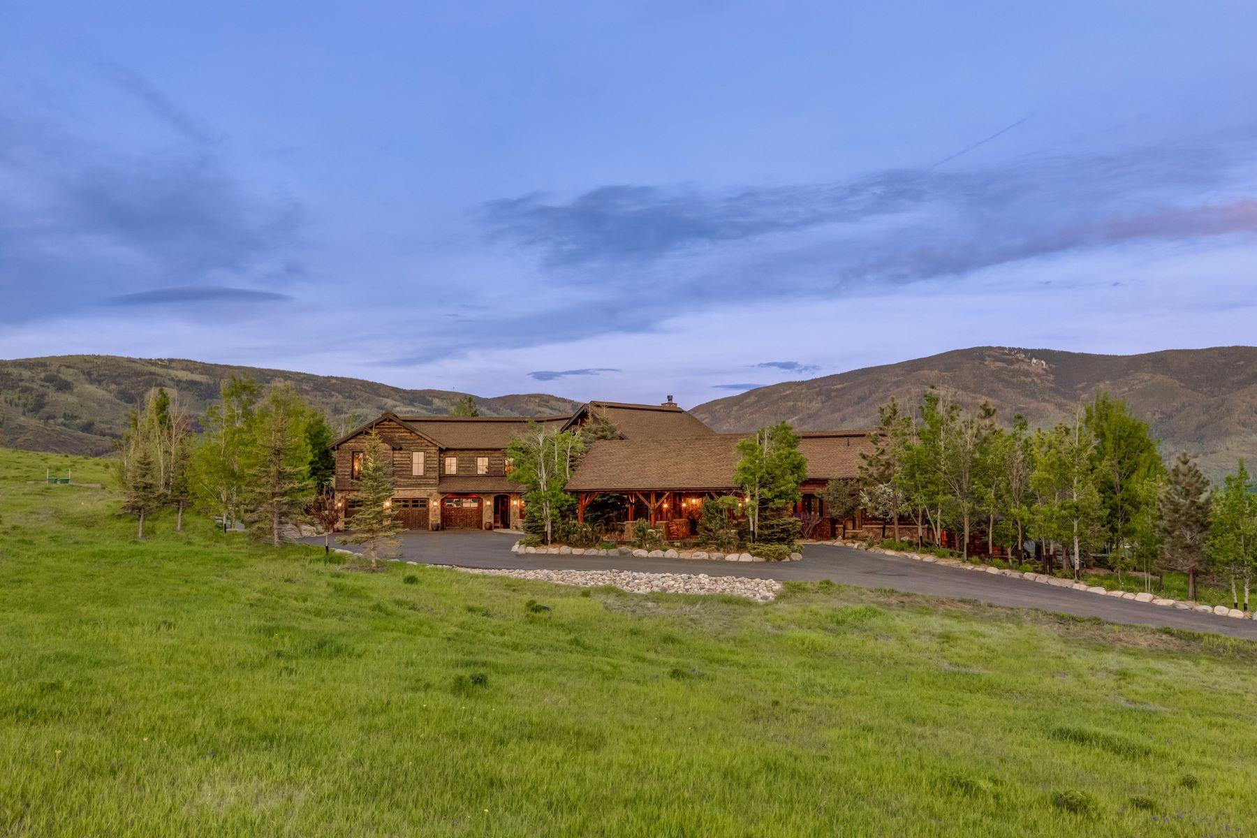 Maison unifamiliale pour l Vente à Lake Catamount Beautiful High-End Design Lake Catamount Home 32120 County Road 14C Steamboat Springs, Colorado, 80487 États-Unis