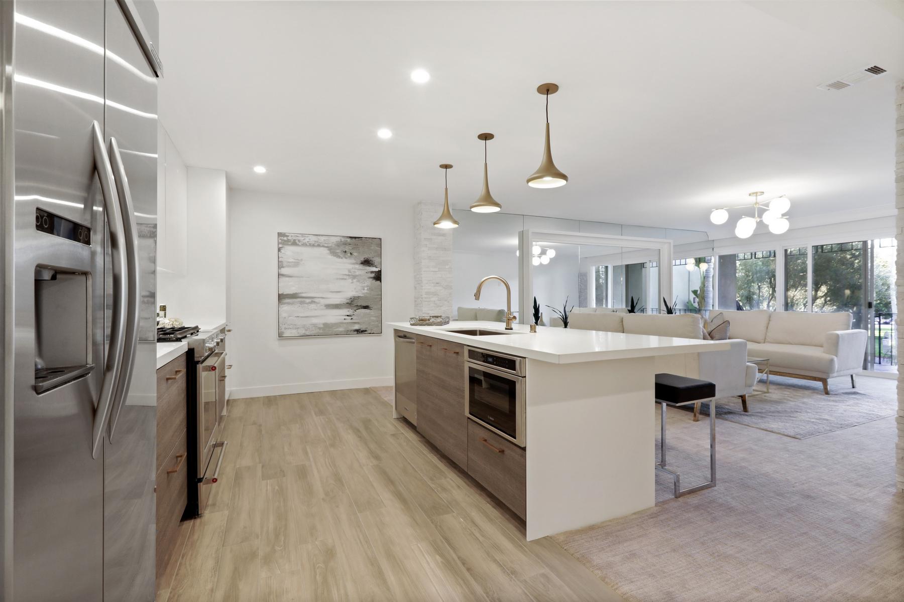 Condominiums for Sale at 1155 Star Park Circle 2C Coronado, California 92118 United States
