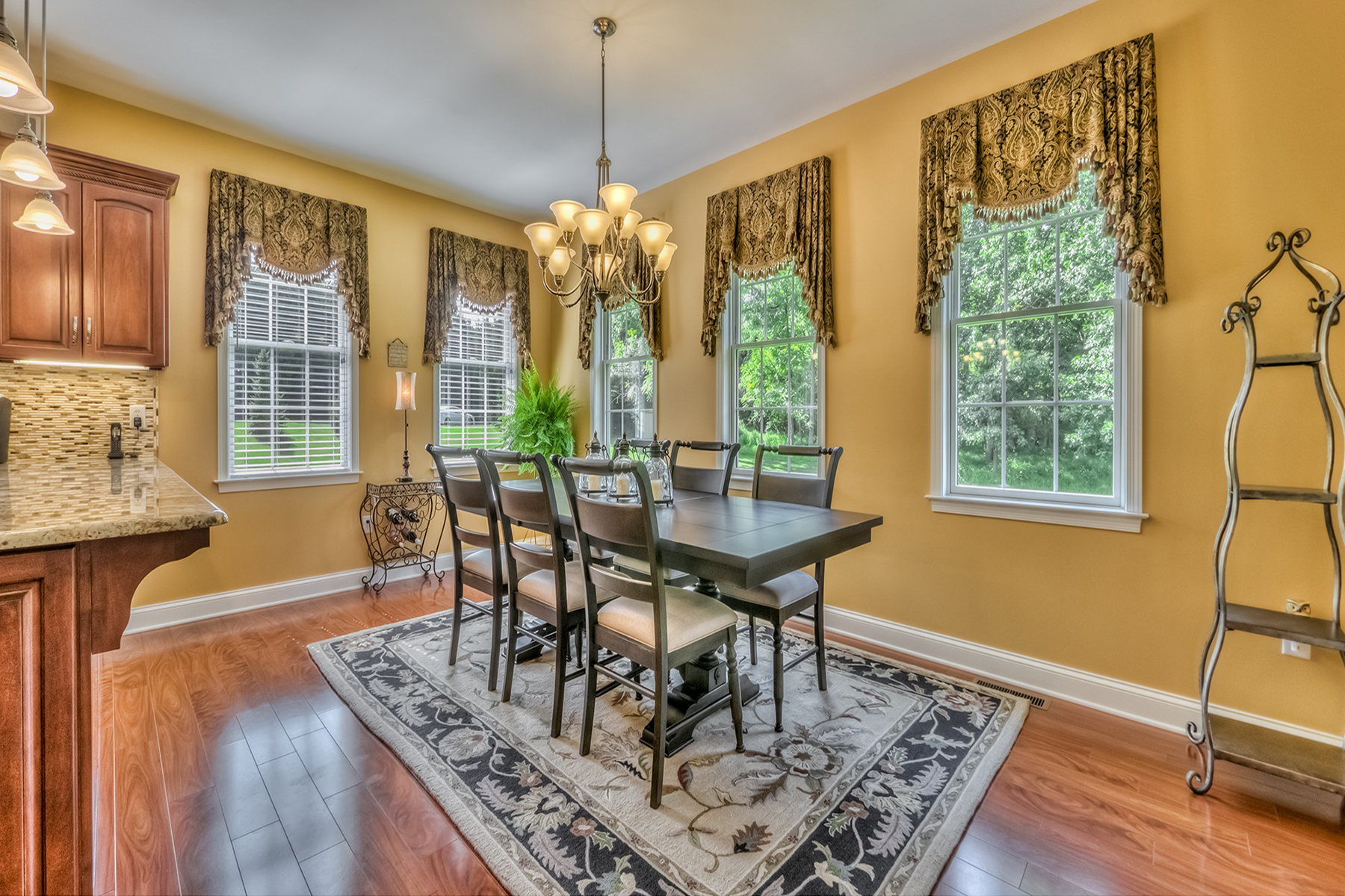 Additional photo for property listing at 140 Acorn Road 140 Acorn Road Spring Grove, Pennsylvania 17362 Estados Unidos