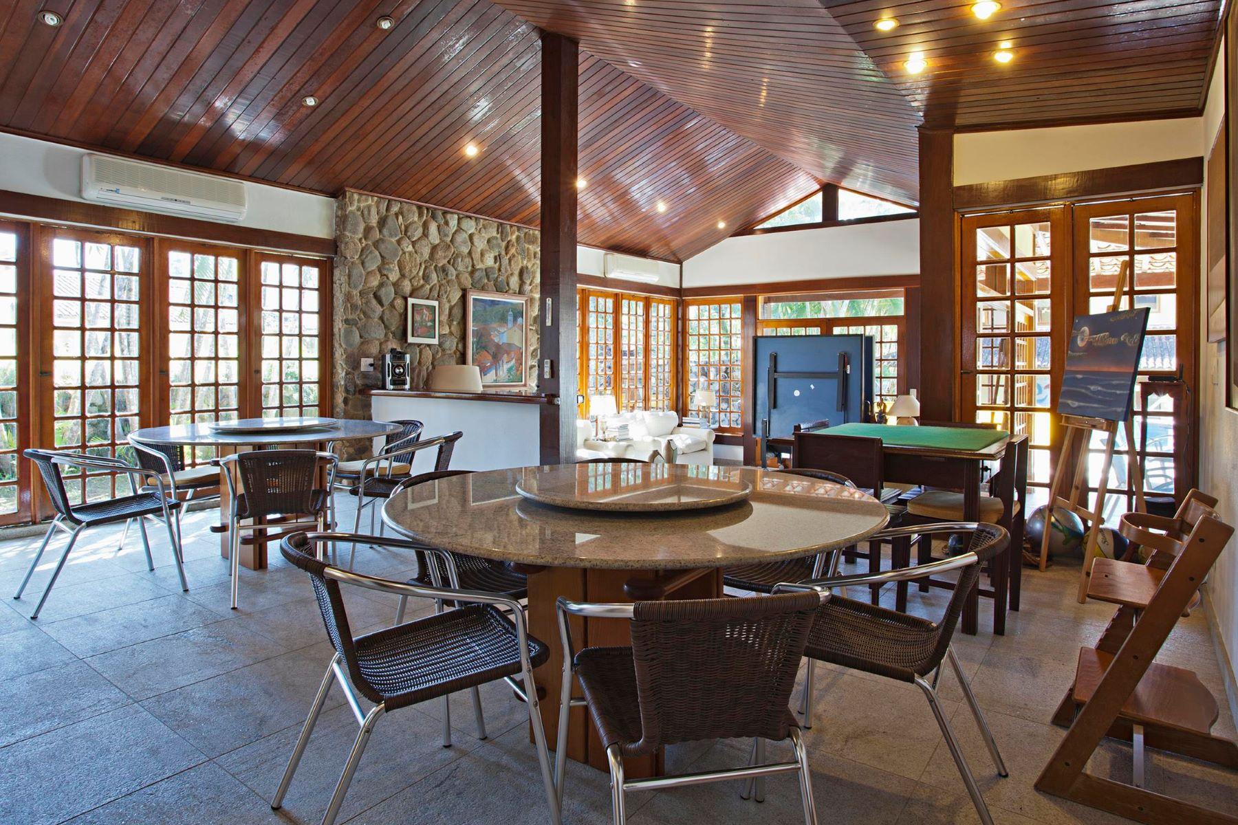 واحد منزل الأسرة للـ Sale في Airy and Spacious Condomínio Porto Do Frade Angra Dos Reis, Rio De Janeiro, 23946-015 Brazil