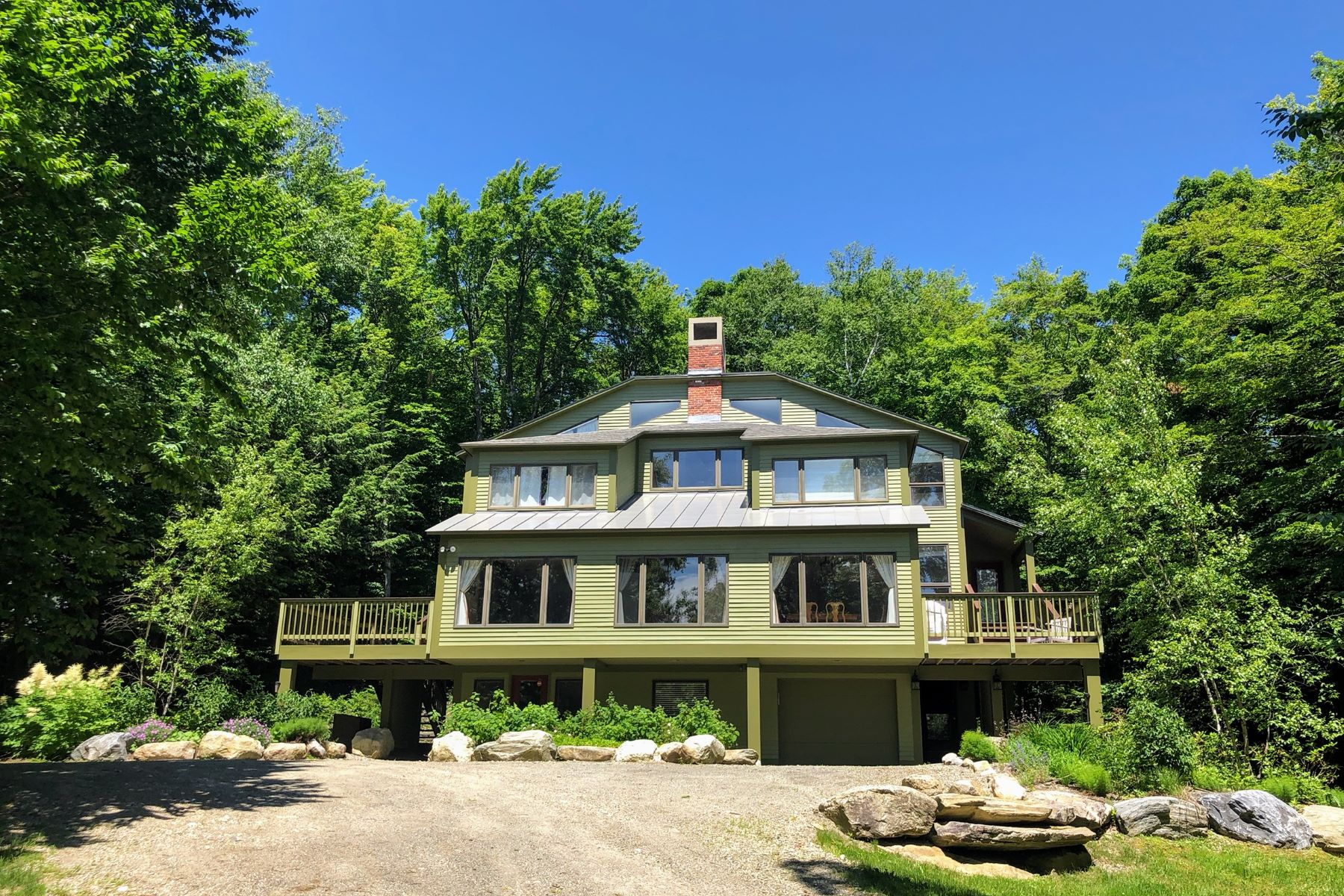 Single Family Homes for Sale at 147 High Meadow Road, Winhall 147 High Meadow Rd Winhall, Vermont 05340 United States