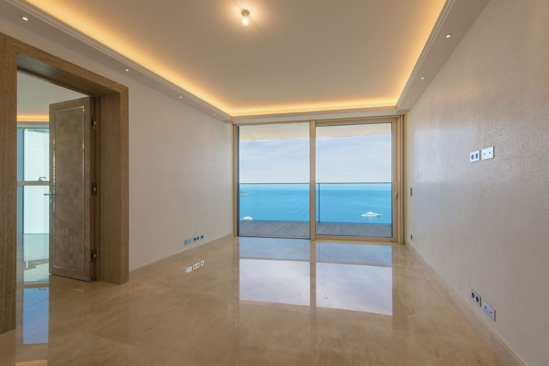 Appartement pour l Vente à Odeon Tower - Superb brand new apartment Tour Odéon 36 Avenue de l'Annonciade Monaco, La Condamine, 98000 Monaco