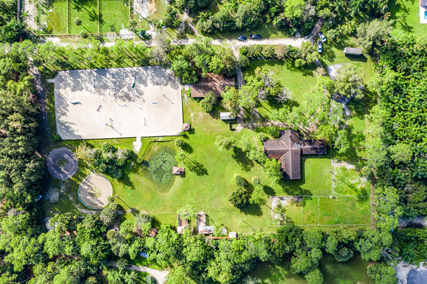 Single Family Homes for Sale at 15201 Timberlane Place, Loxahatchee Groves, FL 33470 15201 Timberlane Place Loxahatchee Groves, Florida 33470 United States