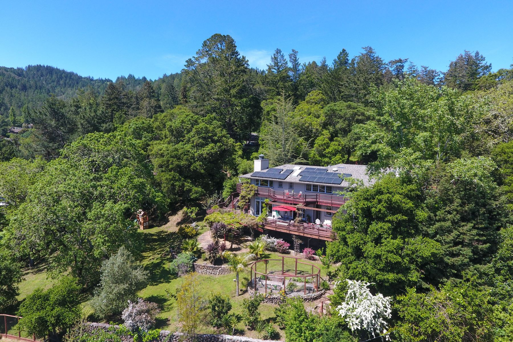 Single Family Home for Sale at Country Estate Living at its Finest 17 Madrone Ave Woodacre, California 94973 United States