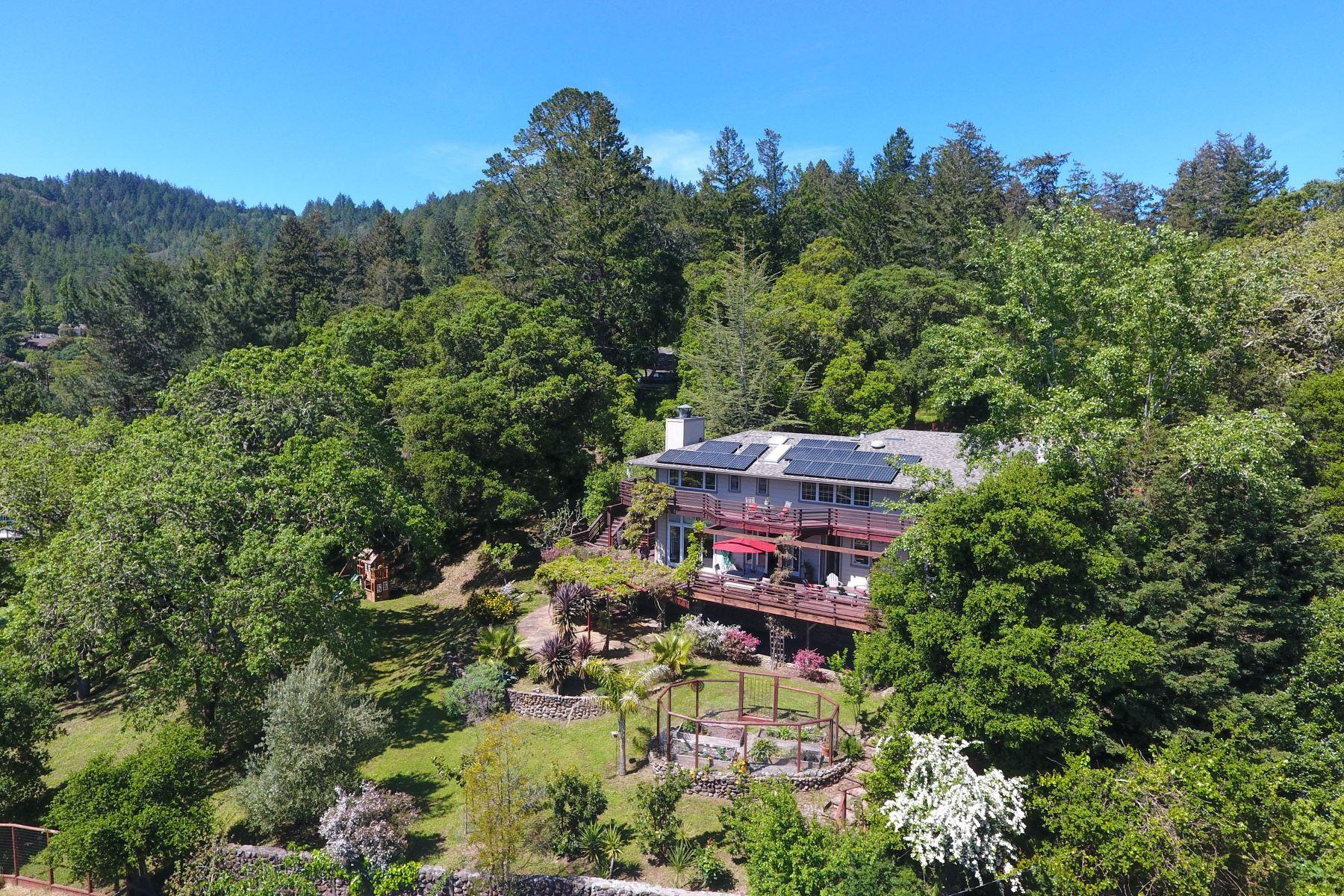 Частный односемейный дом для того Продажа на Country Estate Living at its Finest 17 Madrone Ave Woodacre, Калифорния 94973 Соединенные Штаты