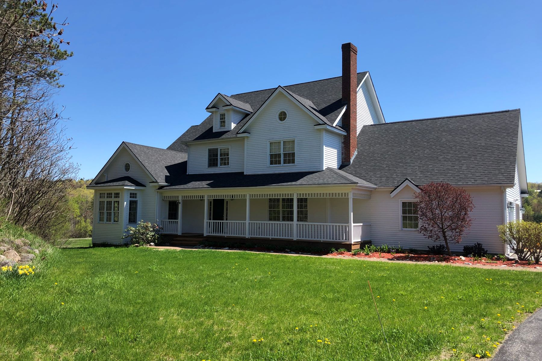 single family homes for Sale at 2837 South Brownell Road, Williston 2837 South Brownell Rd Williston, Vermont 05495 United States