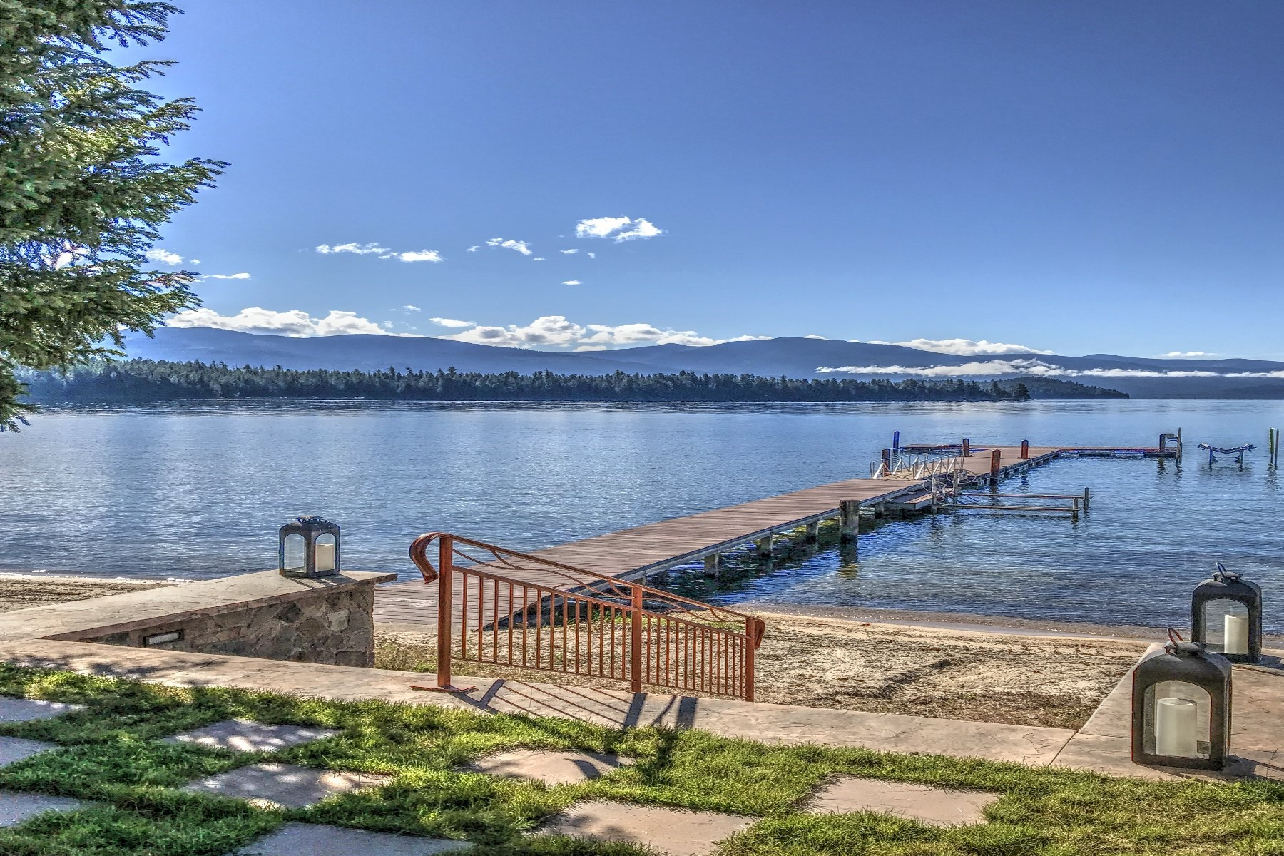 Single Family Homes for Sale at Prime Location 38 Easy Street Priest Lake, Idaho 83856 United States