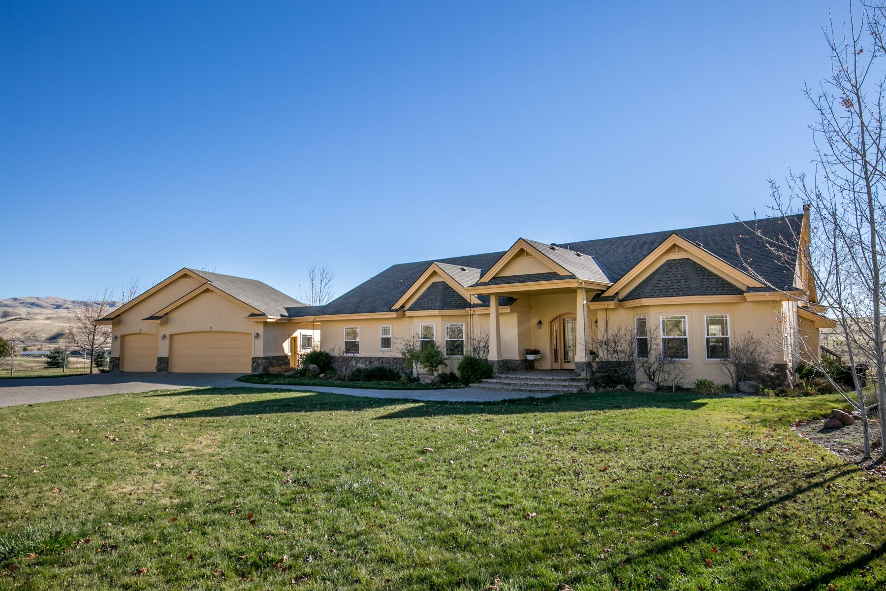 Single Family Homes for Active at 5900 Pearl Road, Emmett 5900 Pearl Rd Emmett, Idaho 83616 United States