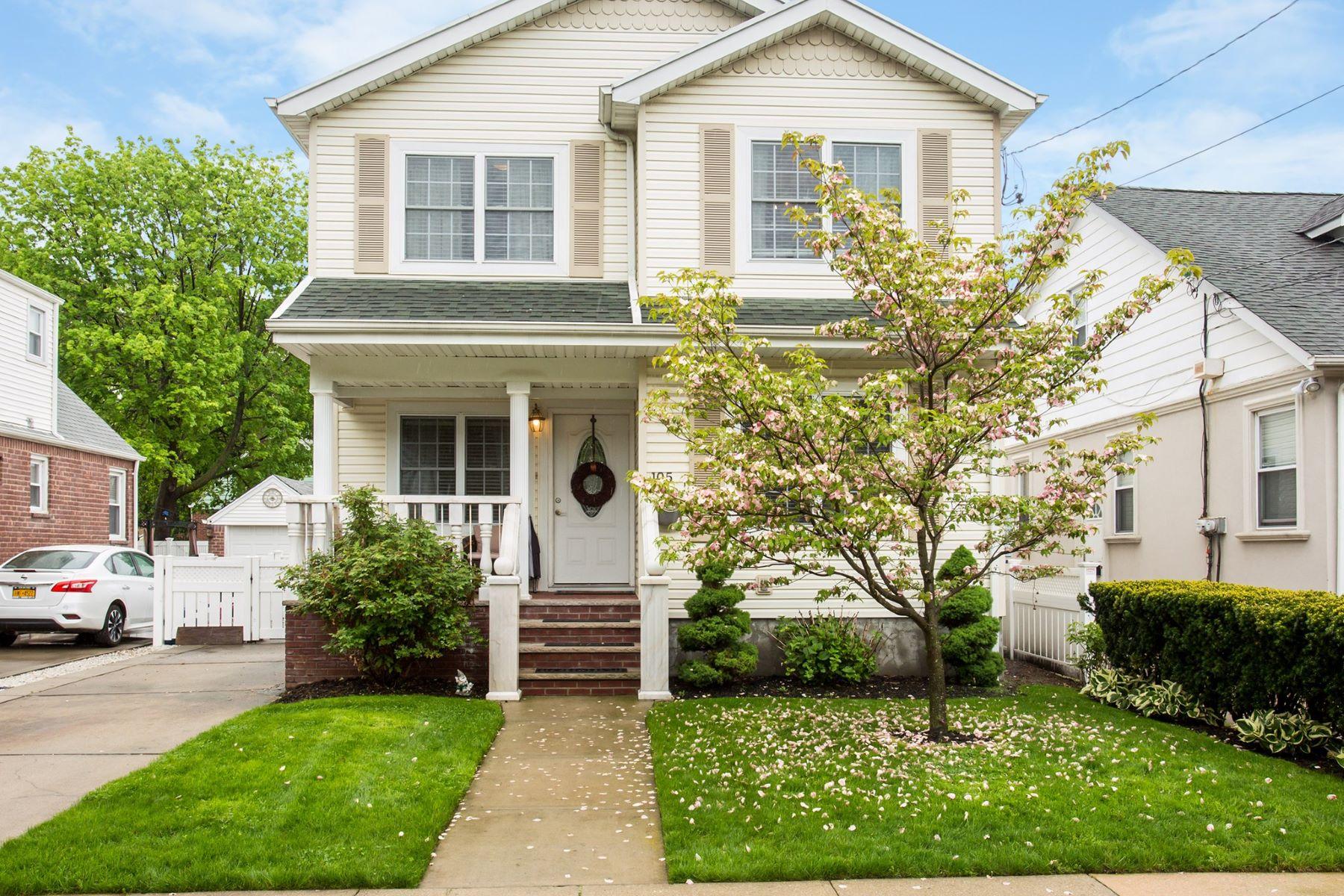 独户住宅 为 销售 在 105 Irving Avenue, Floral Park, NY 11001 105 Irving Avenue 花卉公园, 纽约州 11001 美国