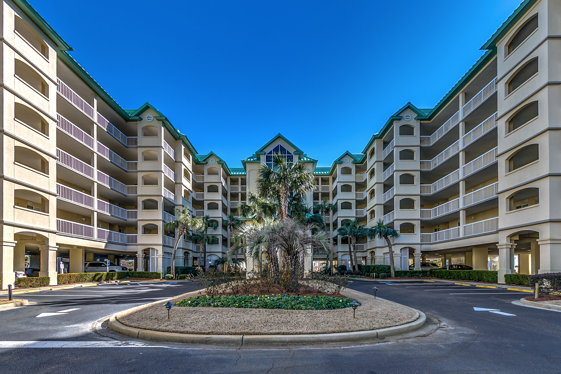 Condominiums for Active at 125 S Dunes Drive Fordham 510 125 S Dunes Drive 510 Fordham Pawleys Island, South Carolina 29585 United States