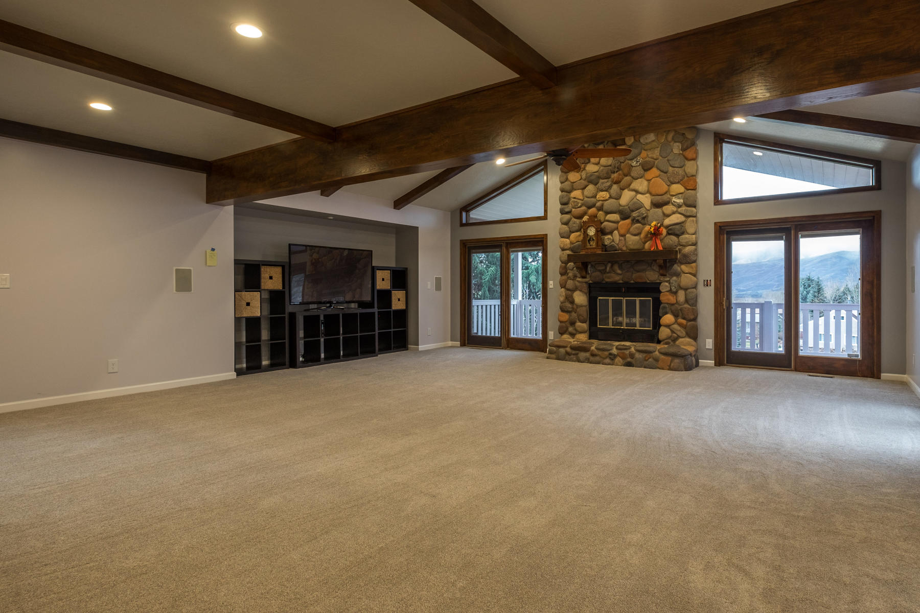 Additional photo for property listing at Golden Opportunity! 1075 N Valley Dr Heber City, Utah 84032 United States