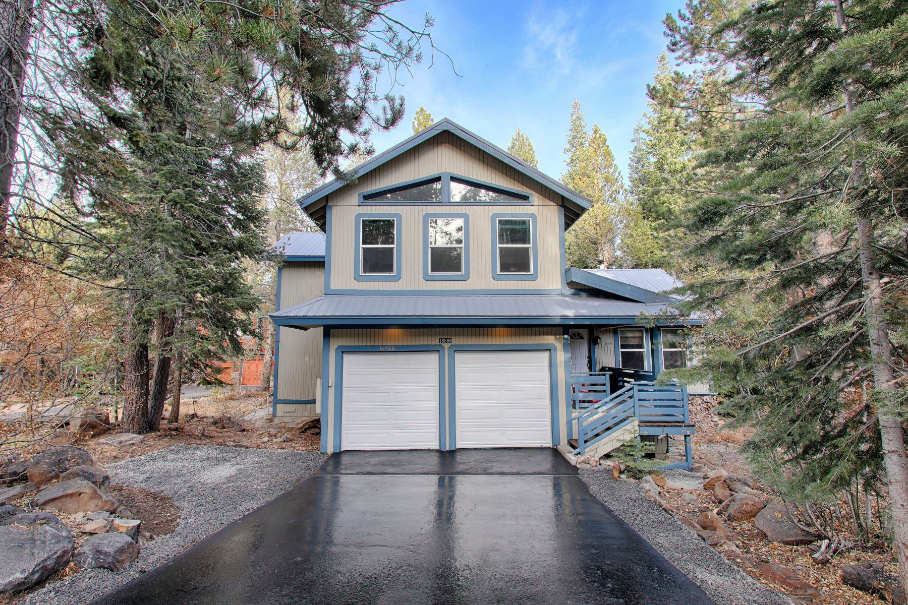 Single Family Homes por un Venta en 16566 Northwoods Blvd, Truckee, CA 96161 16566 Northwoods Blvd Truckee, California 96161 Estados Unidos