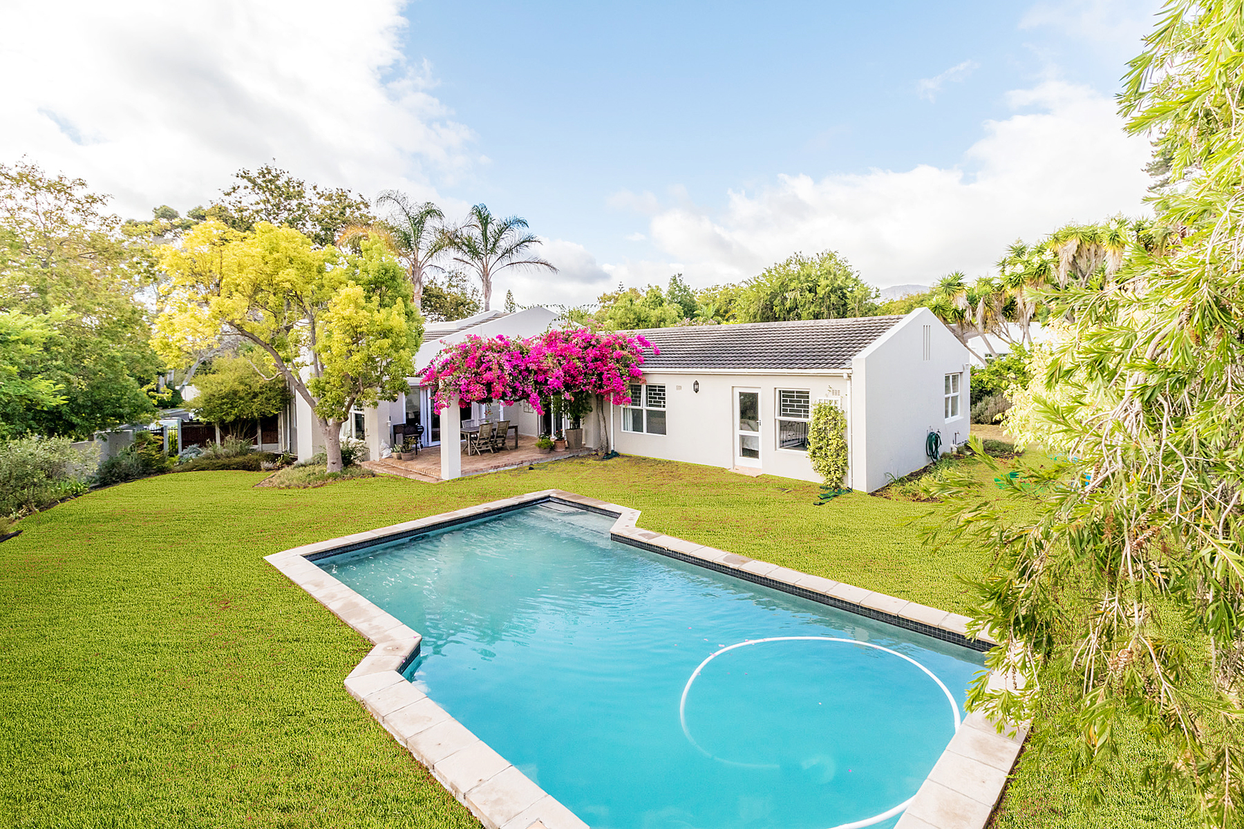 Single Family Homes por un Venta en Constantia Hills Other Western Cape, Provincia Occidental Del Cabo 7806 Sudáfrica