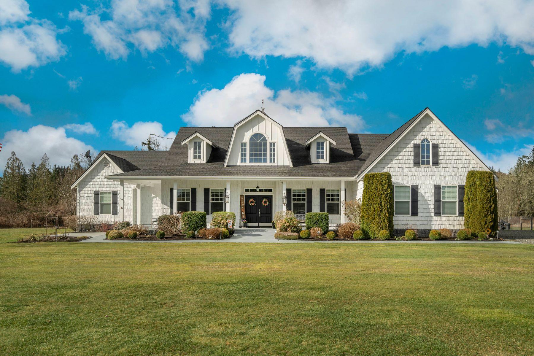Single Family Homes 용 매매 에 FarmhouseRambler.com 32716 74th Av Ct E, Eatonville, 워싱톤 98328 미국