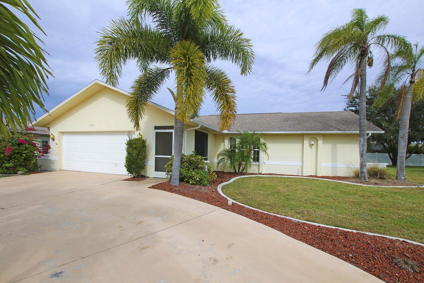 House for Sale at CAPE CORAL 419 SW 38th Cape Coral, Florida 33914 United States