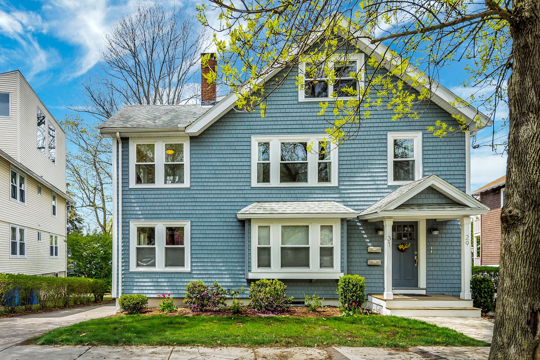 Condominium for Active at 31 Harding Ave 31 Belmont, Massachusetts 02478 United States
