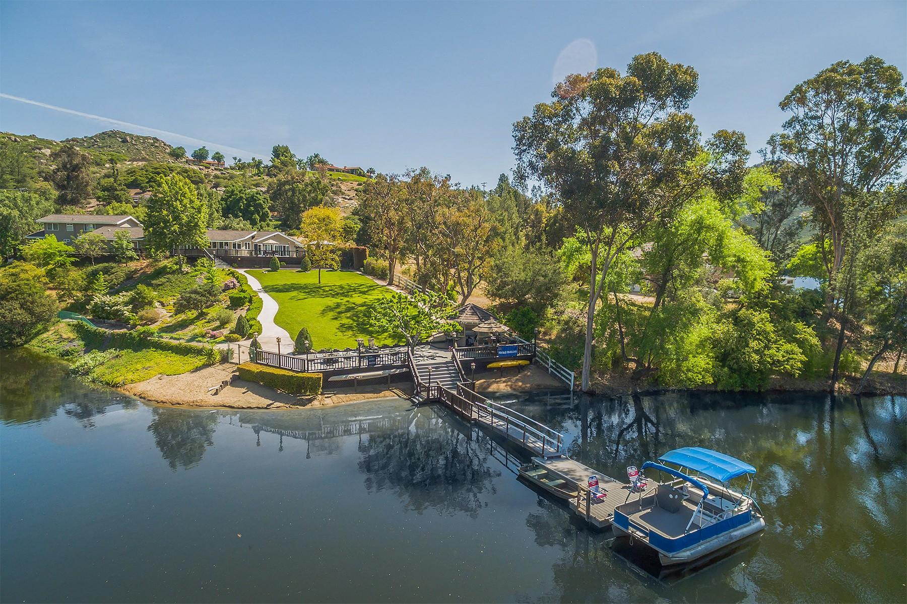 Частный односемейный дом для того Продажа на 3771 Via Palo Verde Lago Alpine, 92101 Соединенные Штаты