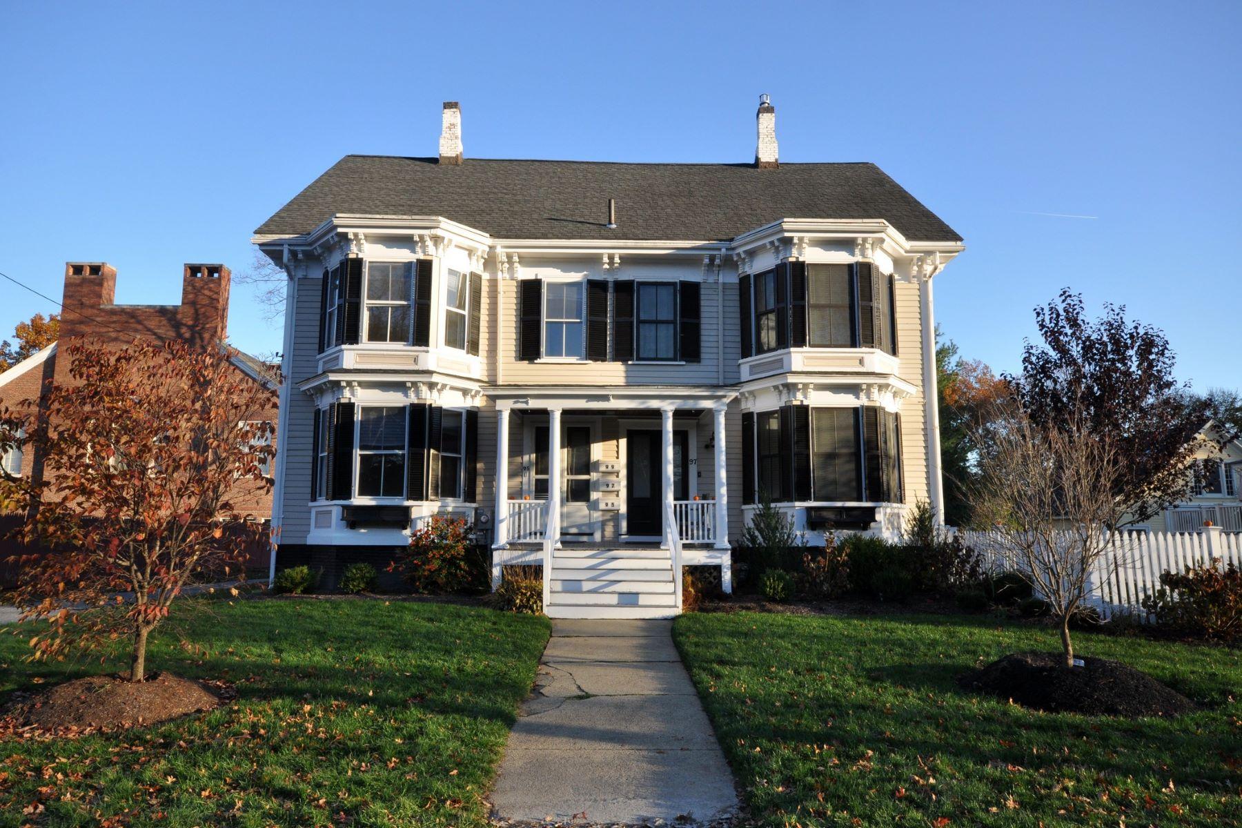 Condominiums por un Venta en 97 Hubbard Street 97 Concord, Massachusetts 01742 Estados Unidos