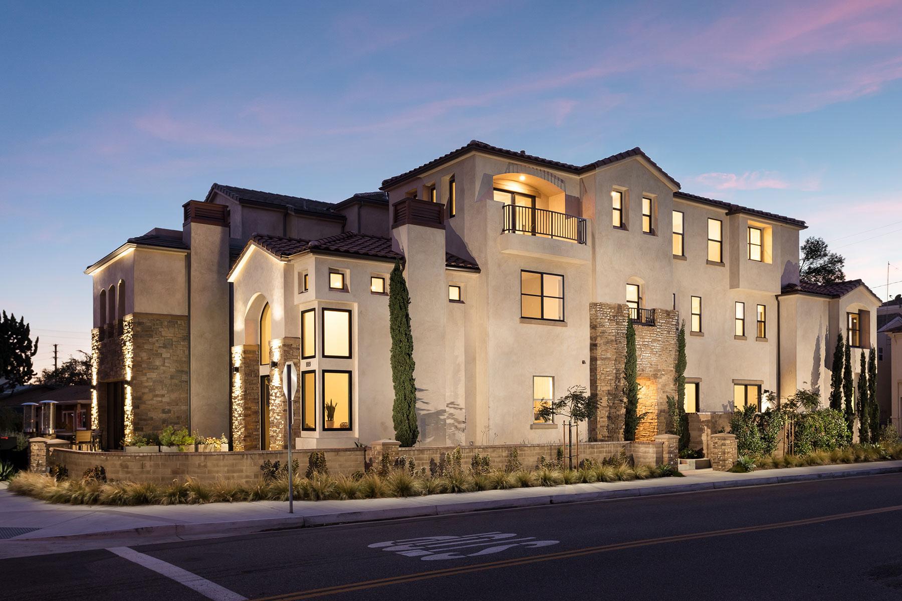 獨棟家庭住宅 為 出售 在 1019 Delaware Street Huntington Beach, 加利福尼亞州, 92648 美國