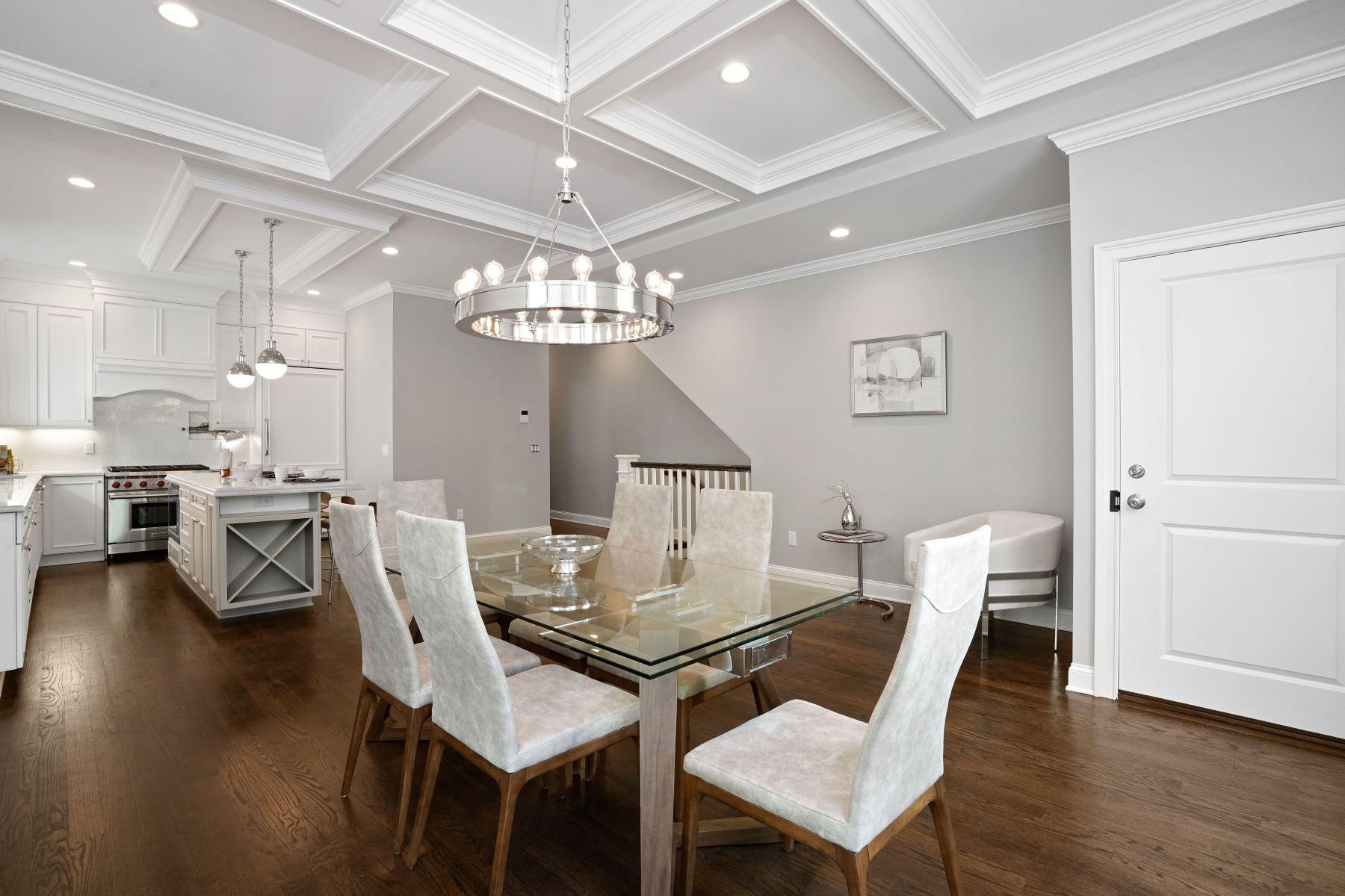 Condomínio para Venda às 66 Otis St, Unit 1 66 Otis Street Unit 1 Cambridge, Massachusetts, 02141 Estados Unidos