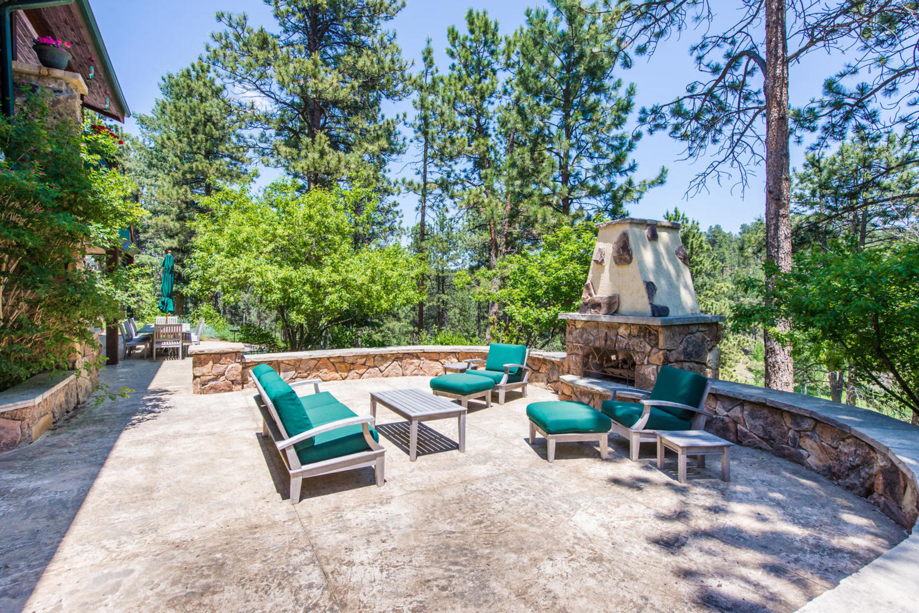Additional photo for property listing at Majestic Estate Nestled on 42.42 Acres 28775 Cragmont Drive Evergreen, Colorado 80439 United States
