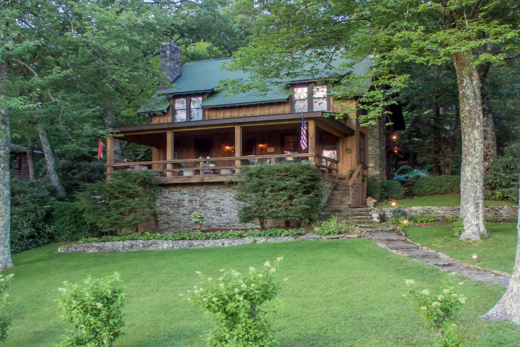 Single Family Homes para Venda às BLOWING ROCK 768 Goforth Rd, Blowing Rock, Carolina Do Norte 28605 Estados Unidos
