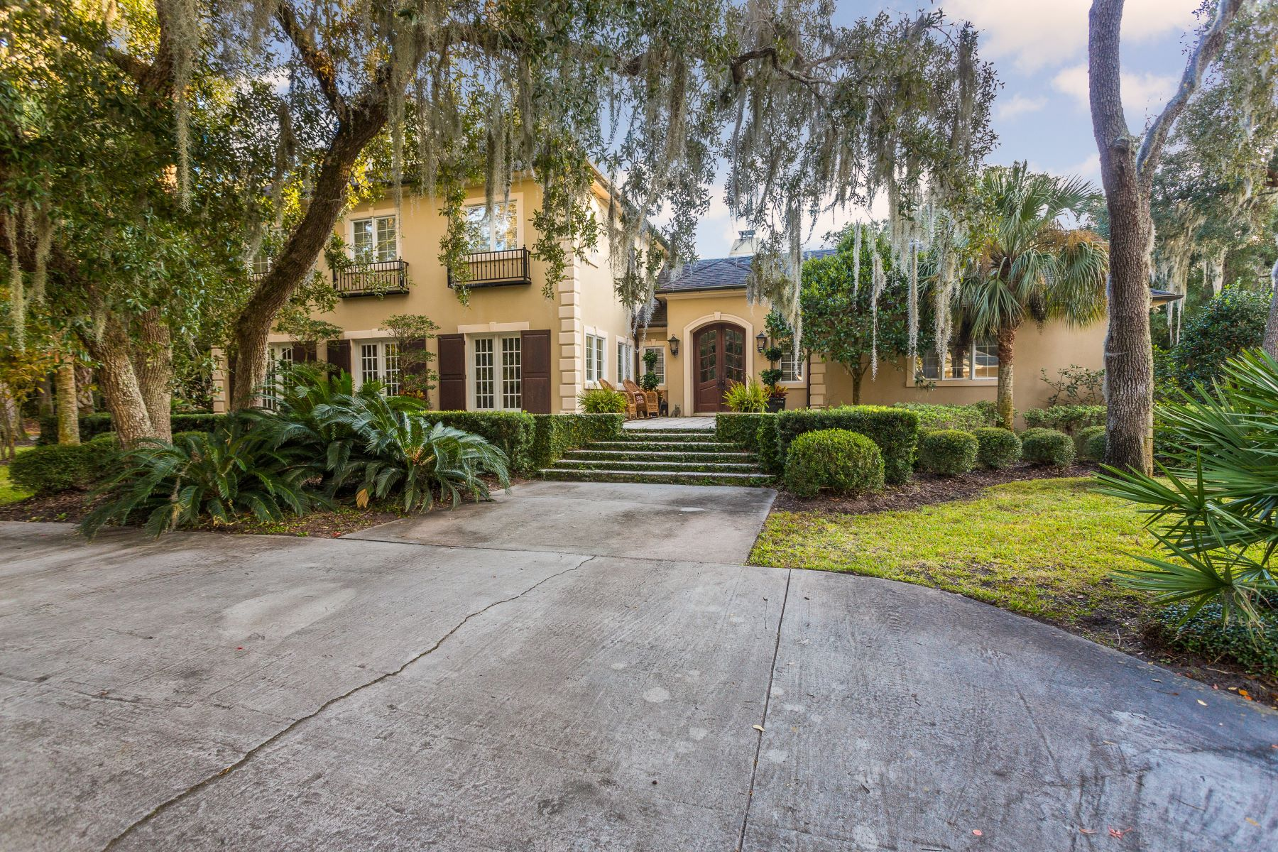 Single Family Homes for Sale at 307 West 50th Streert 307 W 50th Street Cottage 402 Sea Island, Georgia 31561 United States