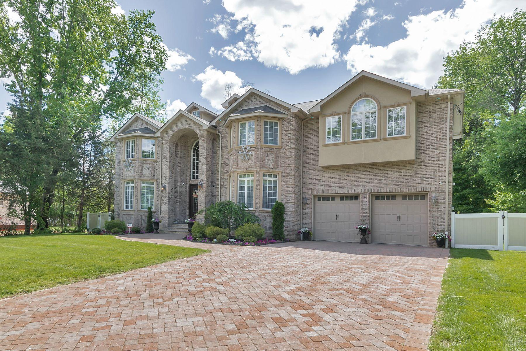 단독 가정 주택 용 매매 에 Beautiful Custom Colonial 78 Highland Avenue Harrington Park, 뉴저지, 07640 미국