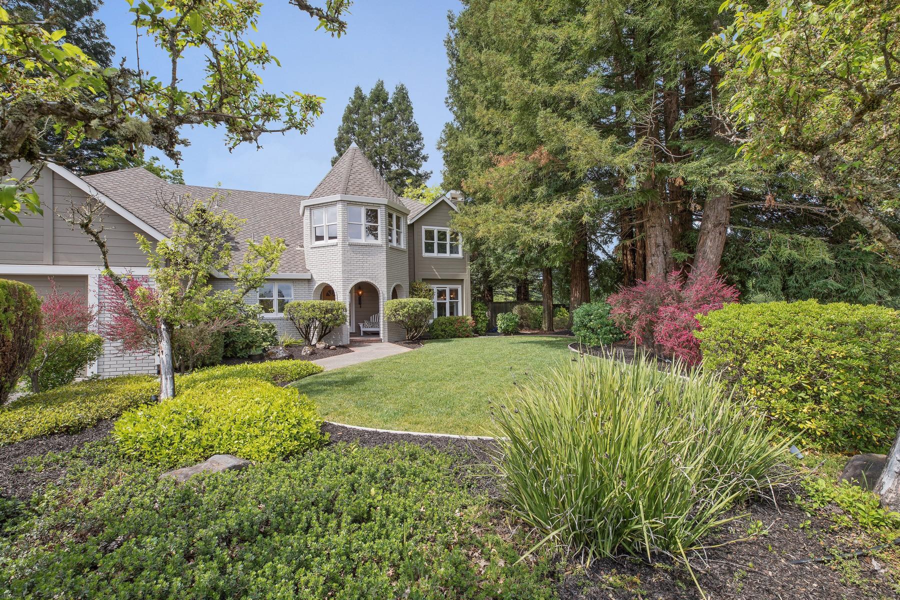 Vivienda unifamiliar por un Venta en 237 Chiquita Road Healdsburg, California, 95448 Estados Unidos