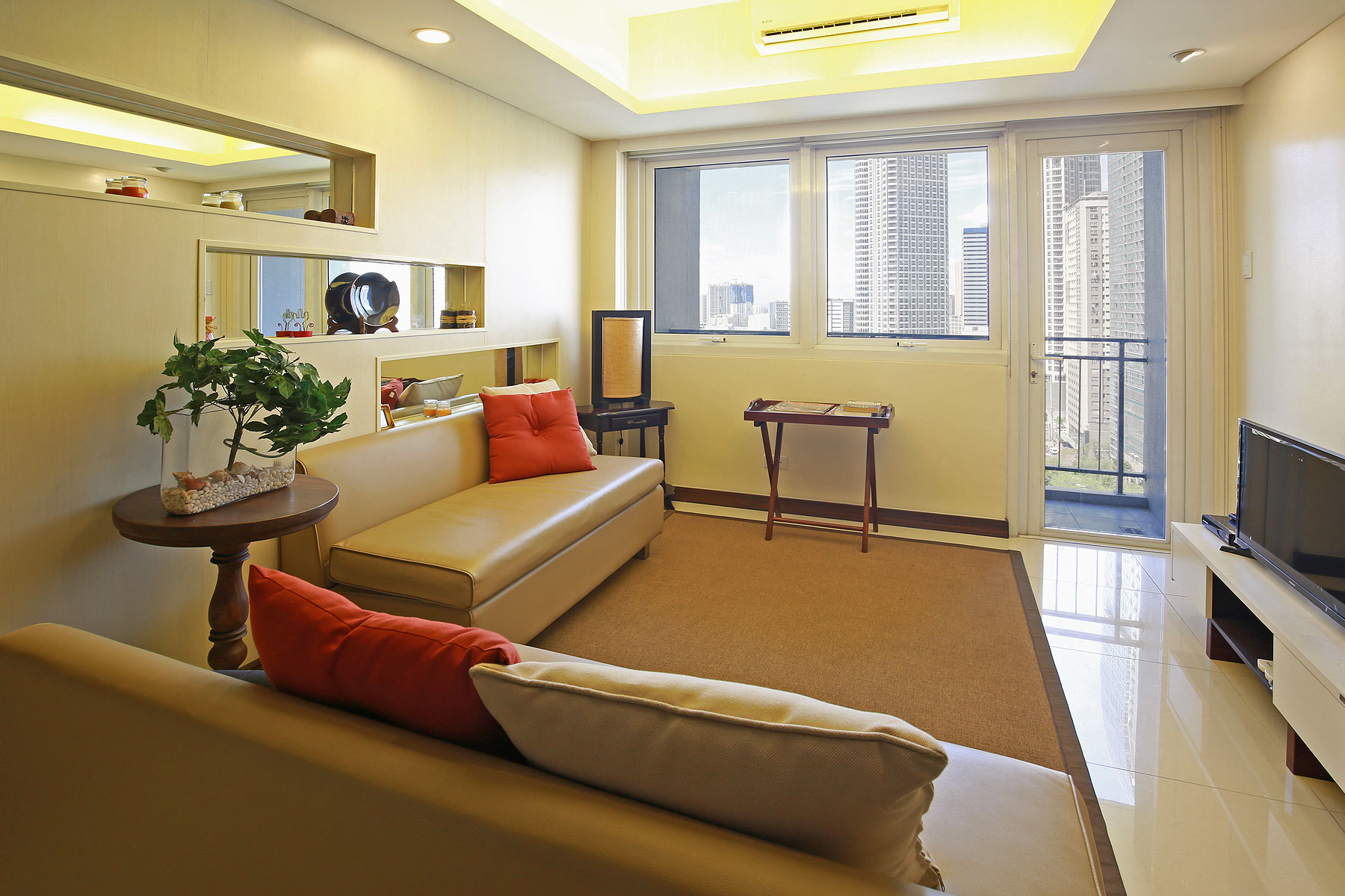 Condominium for Sale at A Small One Bedroom with Scenic View of the City Mandaluyong City, Luzon 1155 Philippines