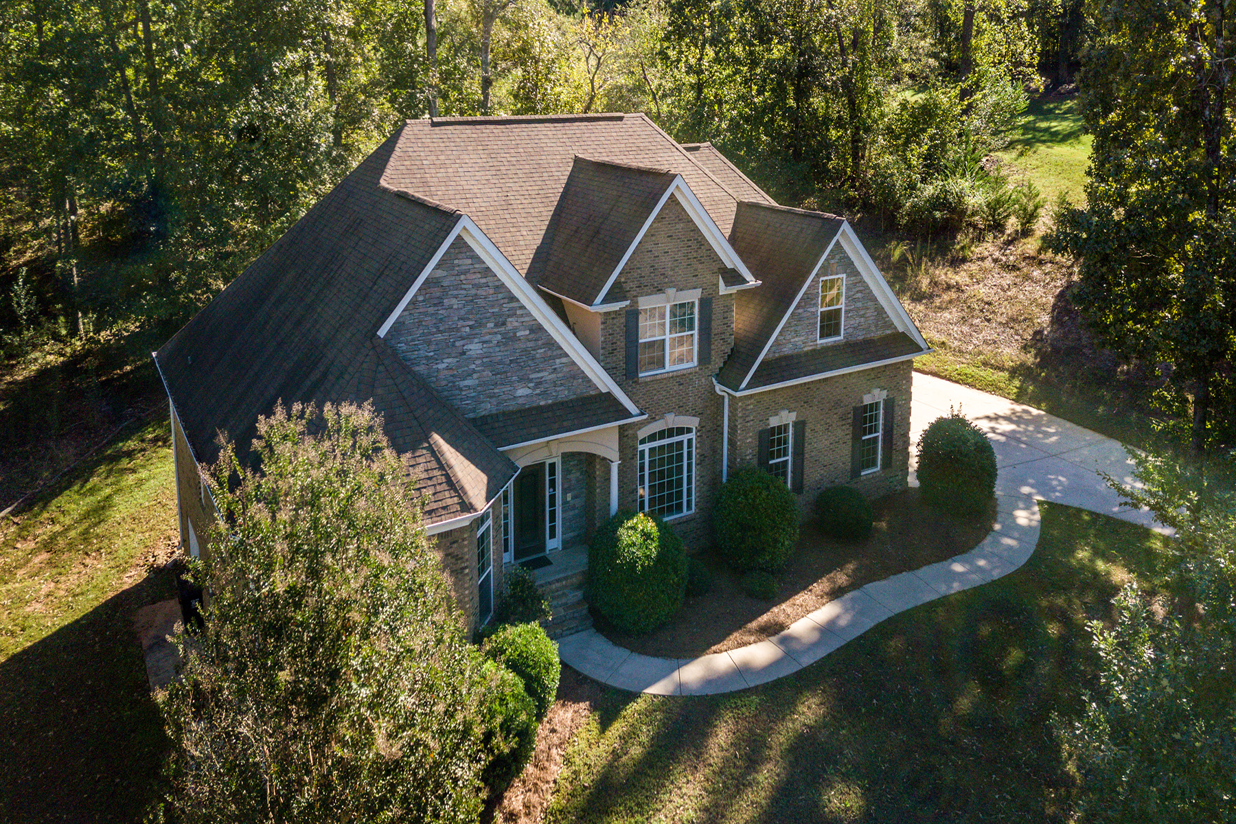 Single Family Home for Sale at An Exquisite Brick Two Story Plus Basement 509 Arrowhead Drive McDonough, Georgia 30252 United States
