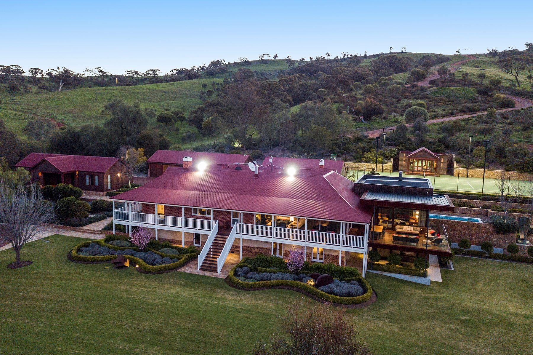 Single Family Homes 为 销售 在 Deepdale Farm - The Ultimate in Rural Luxury Lot 4, Deepdale Road Toodyay, Western Australia 6566 澳大利亚