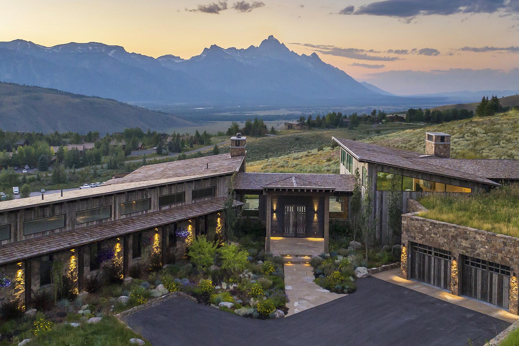 Single Family Homes por un Venta en Skyline 1515: Elevated Luxury 1515 N LOWER RIDGE RD, Jackson, Wyoming 83001 Estados Unidos