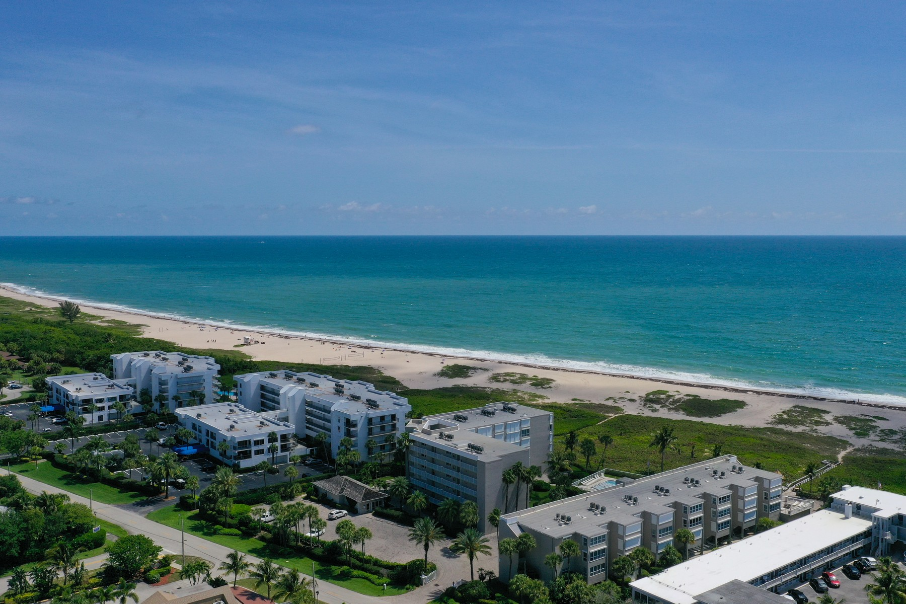 townhouses for Sale at Hidden Gem South Beach! 937 Pirate Cove Lane Vero Beach, Florida 32963 United States