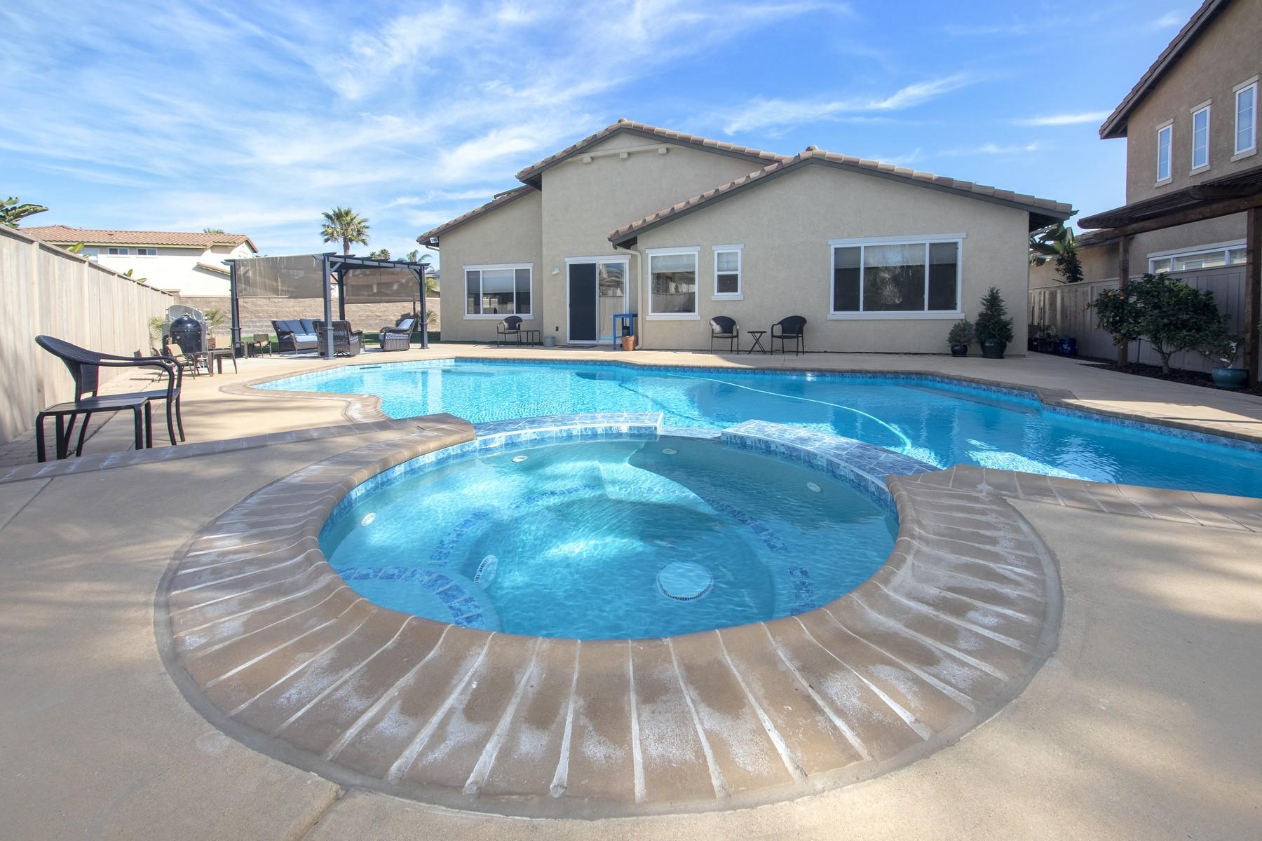 Single Family Homes للـ Sale في Heritage Park 1304 Lindsay Street, Chula Vista, California 91913 United States