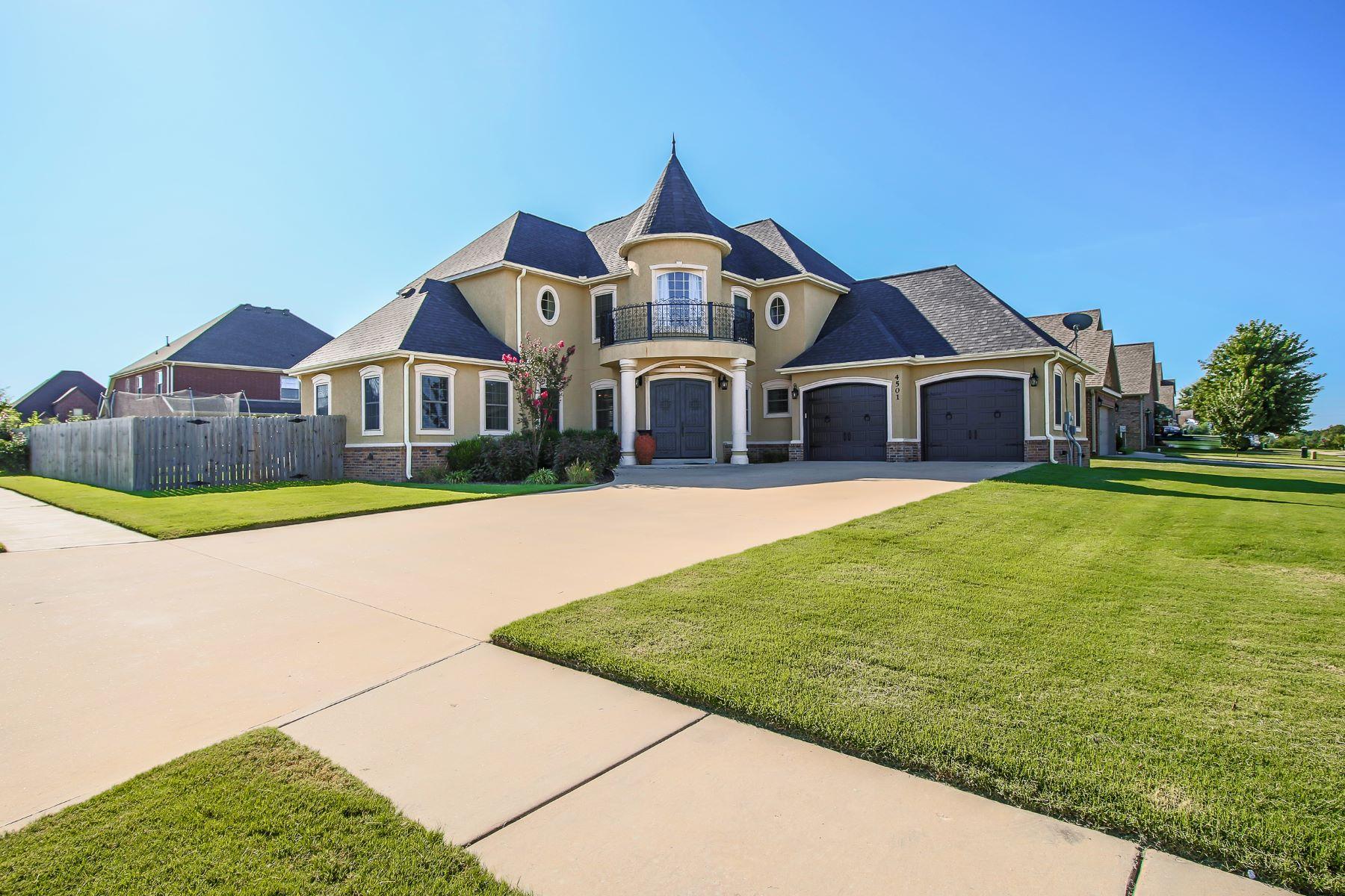 Single Family Homes for Sale at 4501 SW Skyline St. 4501 SW Skyline Street Bentonville, Arkansas 72713 United States
