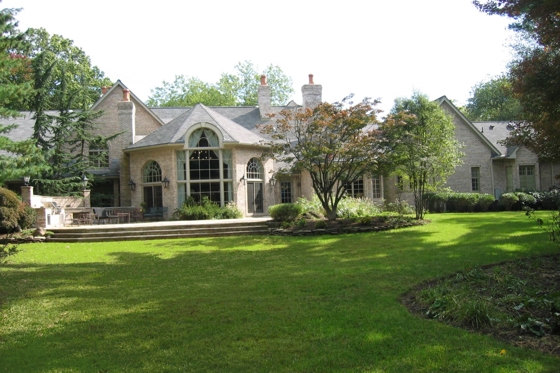Single Family Home for Sale at Majestic Brick Manor 320 Algonquin Road Franklin Lakes, New Jersey 07417 United States