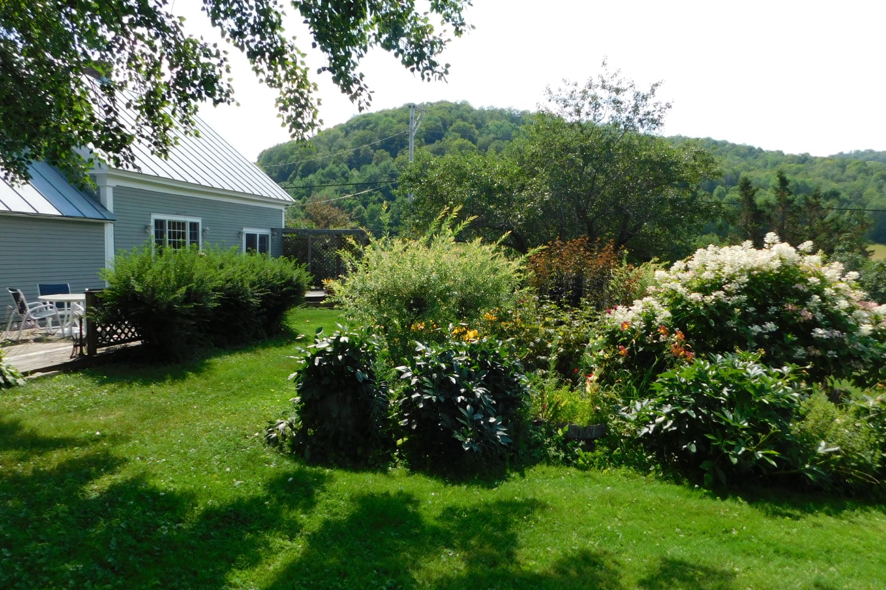 Single Family Home for Sale at 3 Alger Brook Road, Strafford 3 Alger Brook Rd Strafford, Vermont 05070 United States