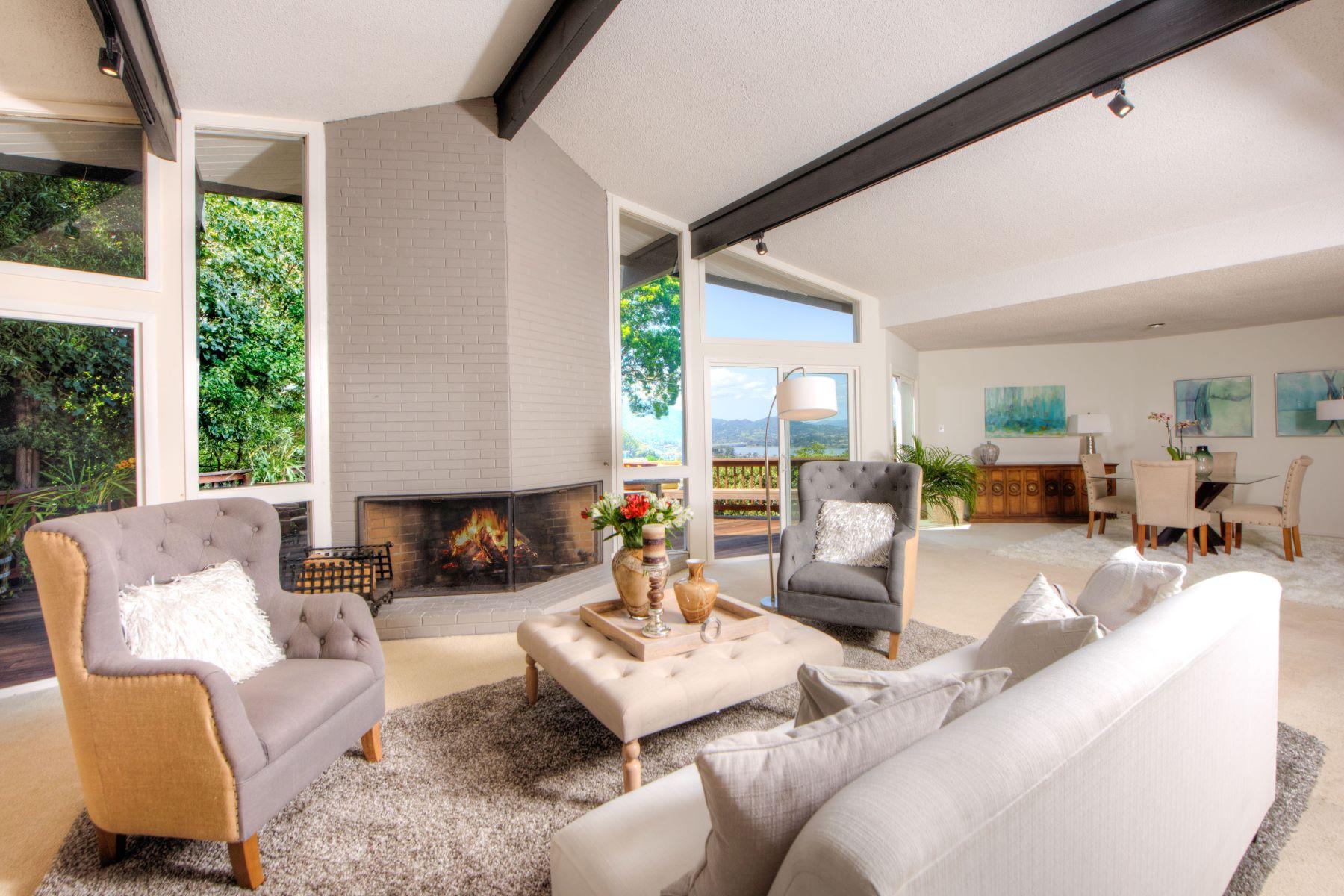 단독 가정 주택 용 매매 에 Sausalito! Single Level Mid Century Modern! 38 Platt Avenue Sausalito, 캘리포니아, 94965 미국