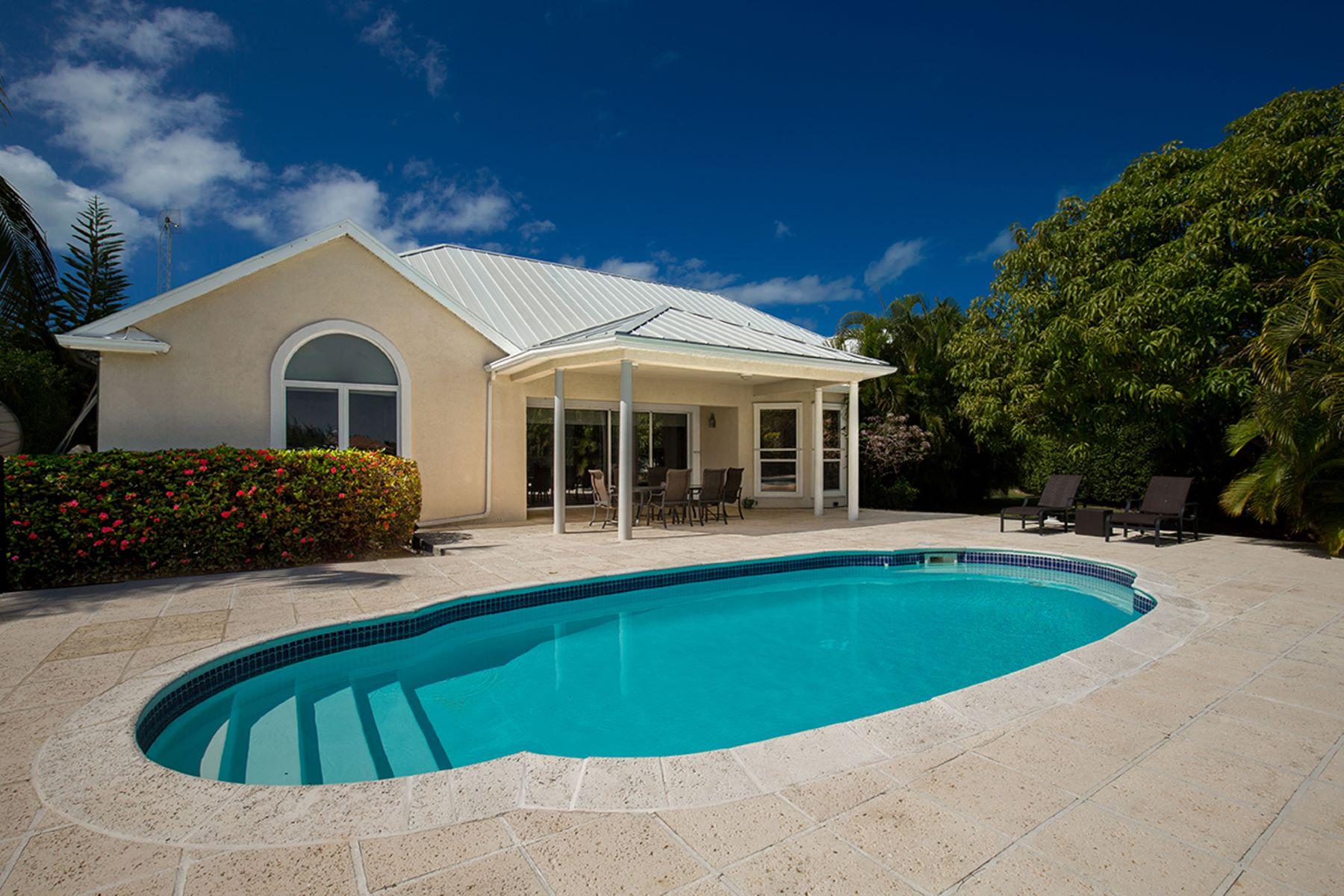 独户住宅 为 销售 在 Patrick's Island Executive Villa 帕特里克斯, 大开曼岛 开曼群岛