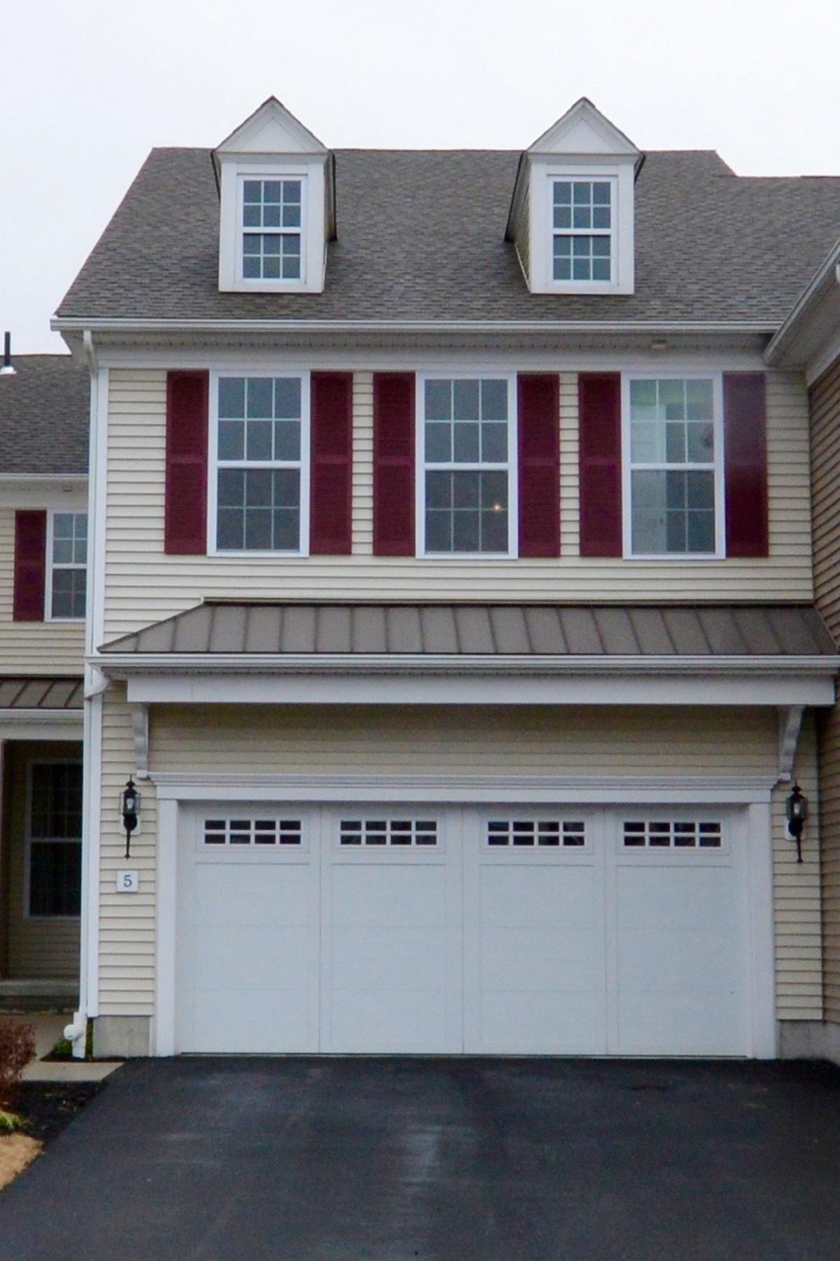 Maison accolée pour l à louer à Beautiful Townhouse in Westborough Village 5 Corning Fairbanks Way - Unit 5, Westborough, Massachusetts, 01581 États-Unis