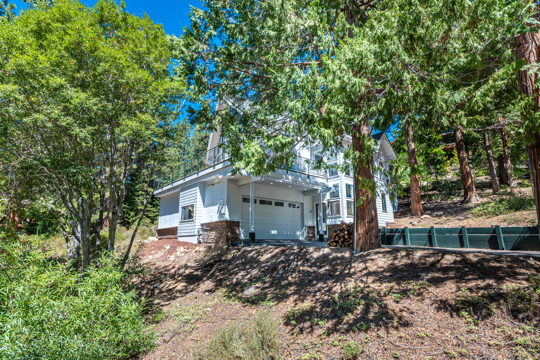 Additional photo for property listing at Tahoe Modern in Incline Village 420 1st Green Dr Incline Village, Nevada 89451 United States