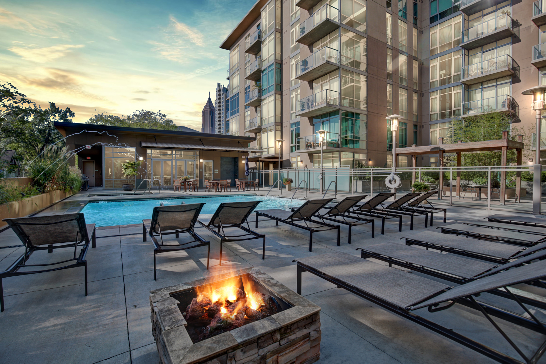 Condominium for Sale at Peaceful End Unit Located In The Heart Of Midtown With Unobstructed Views 905 Juniper Street NE No. 705 Atlanta, Georgia 30309 United States
