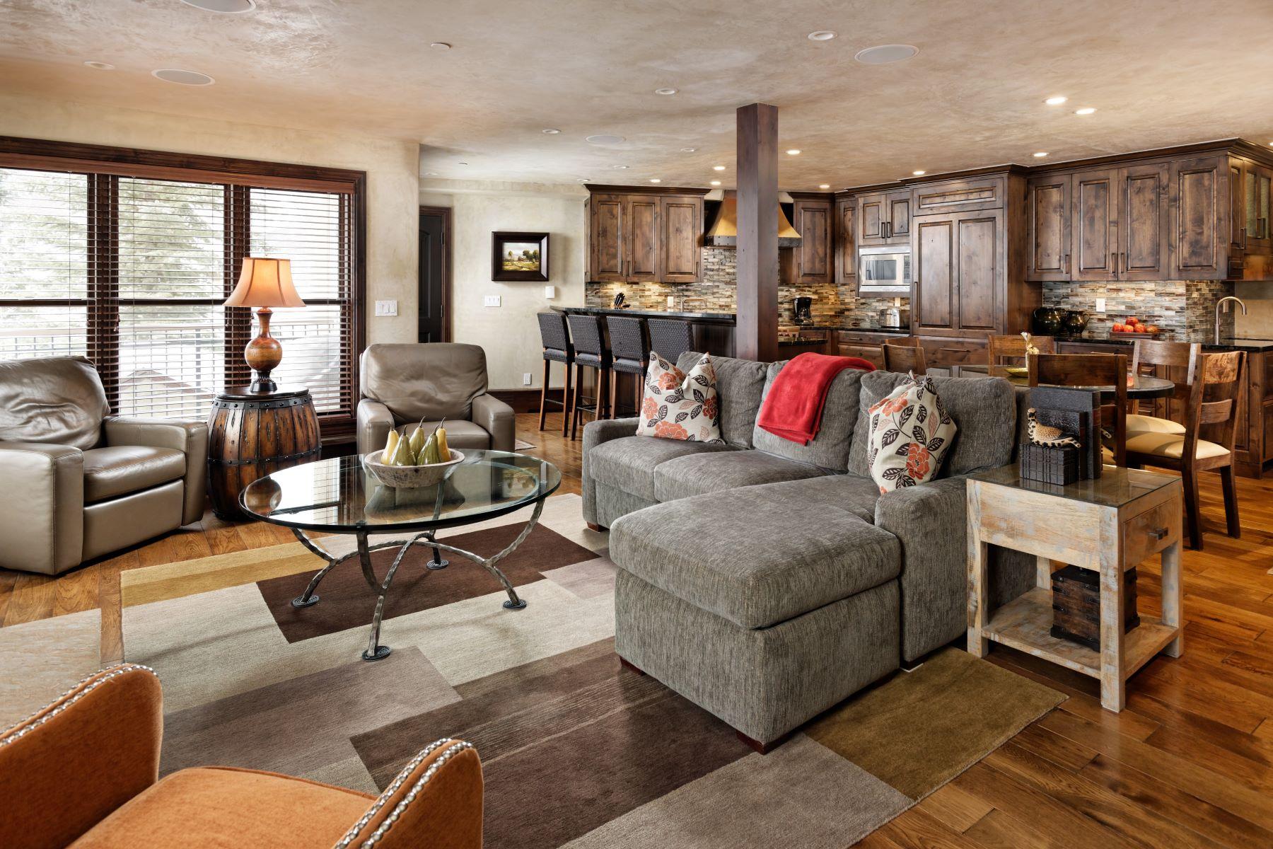 Condominiums для того Продажа на As Nice as They Come! 425 Wood Road, Unit 41, Snowmass Village, Колорадо 81615 Соединенные Штаты