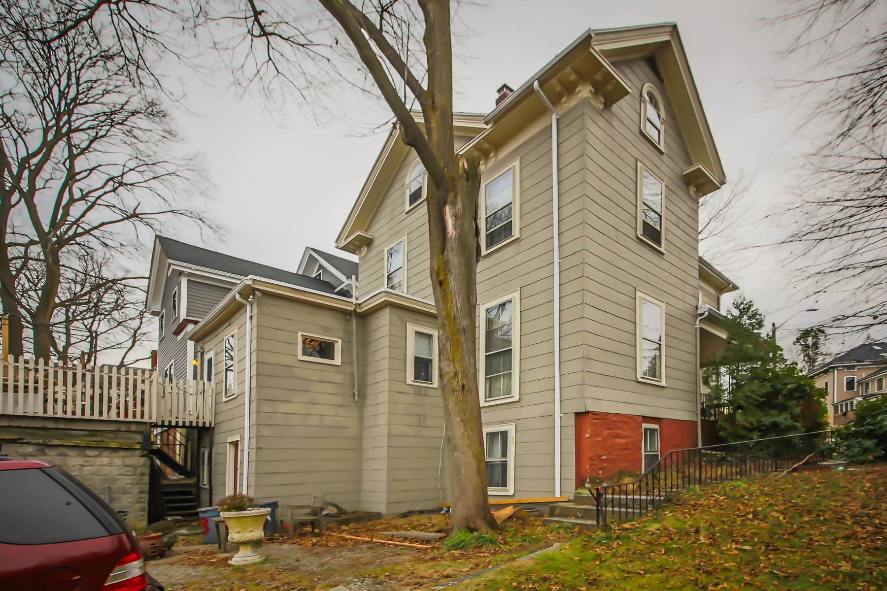 Additional photo for property listing at 8 Alveston St, Boston 8 Alveston St Boston, Massachusetts 02130 United States