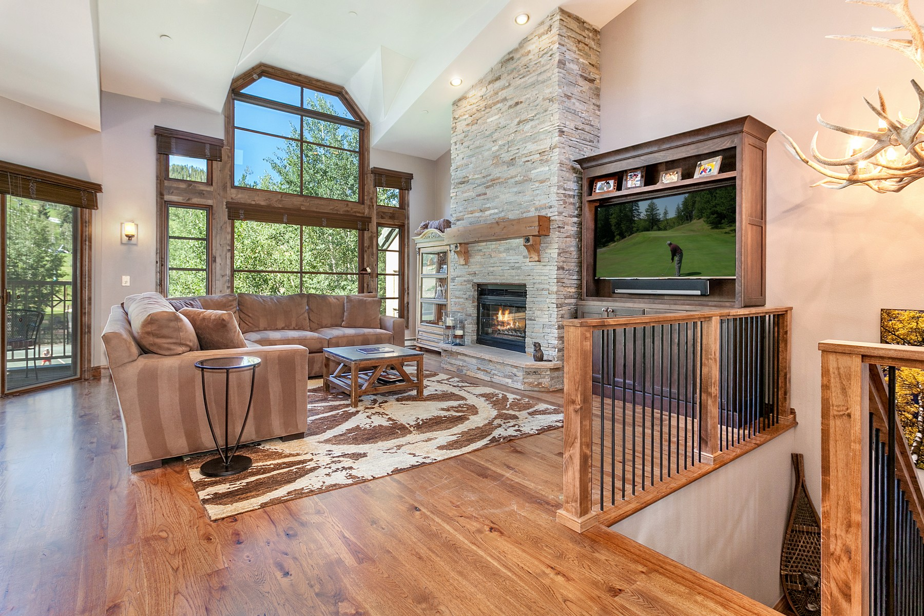 Townhouse for Active at Panoramic Mountain Views In This Remodeled Ski-In/Ski-Out Townhome 380 Offerson Road J3 Beaver Creek, Colorado 81620 United States